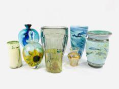 Quantity of glassware and 2 ceramic items