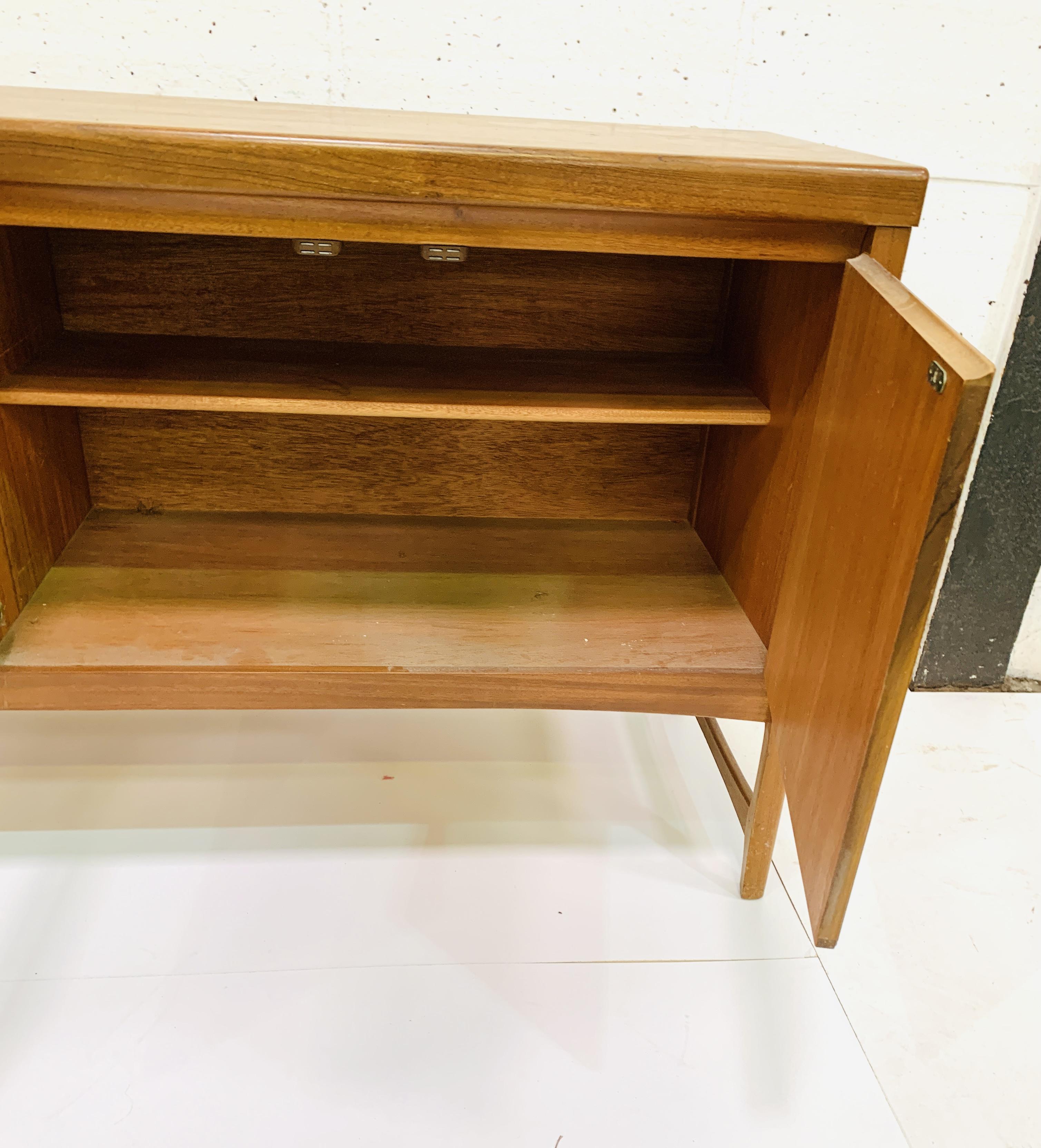 1970's teak sideboard - Image 3 of 4
