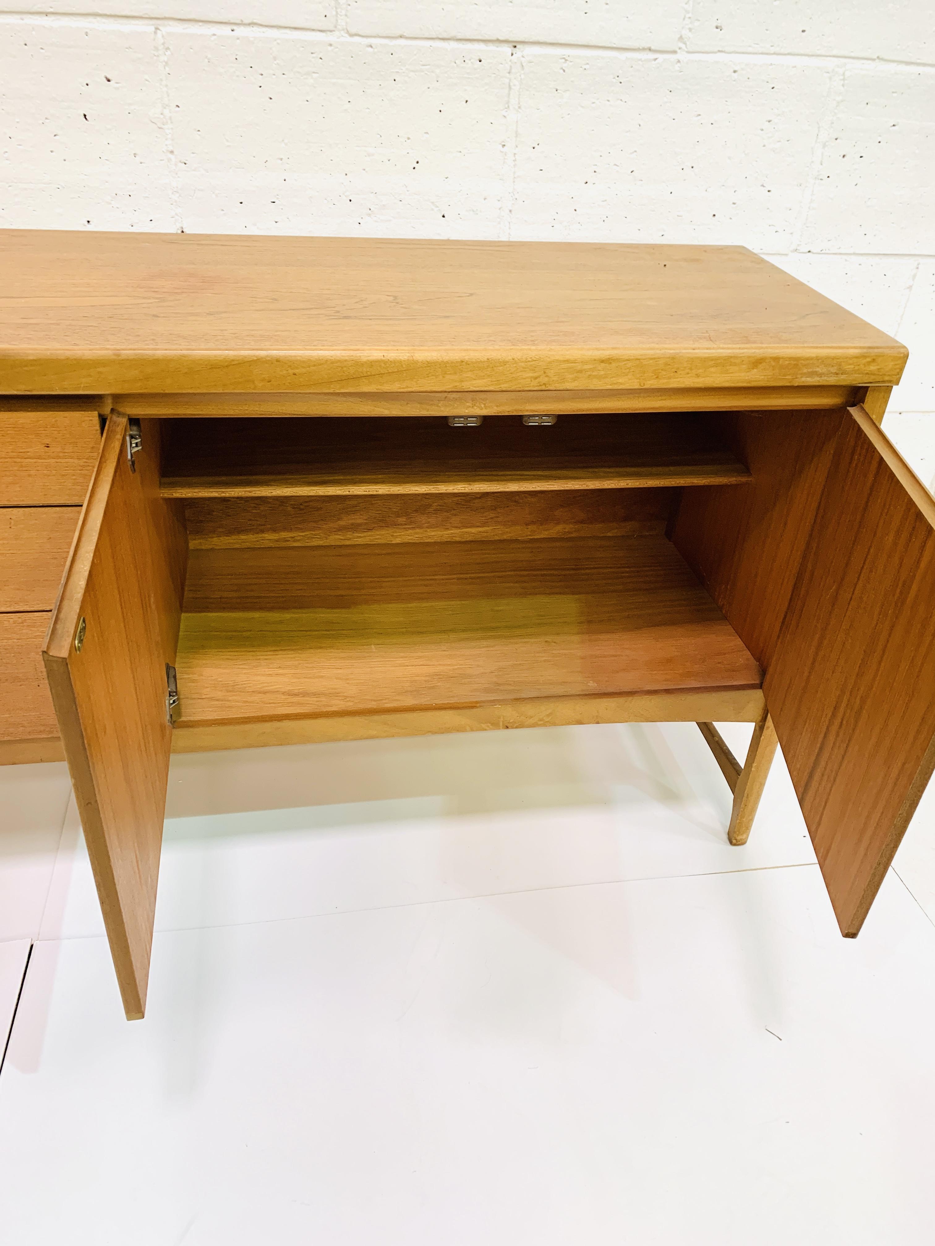 1970's teak sideboard - Image 5 of 6