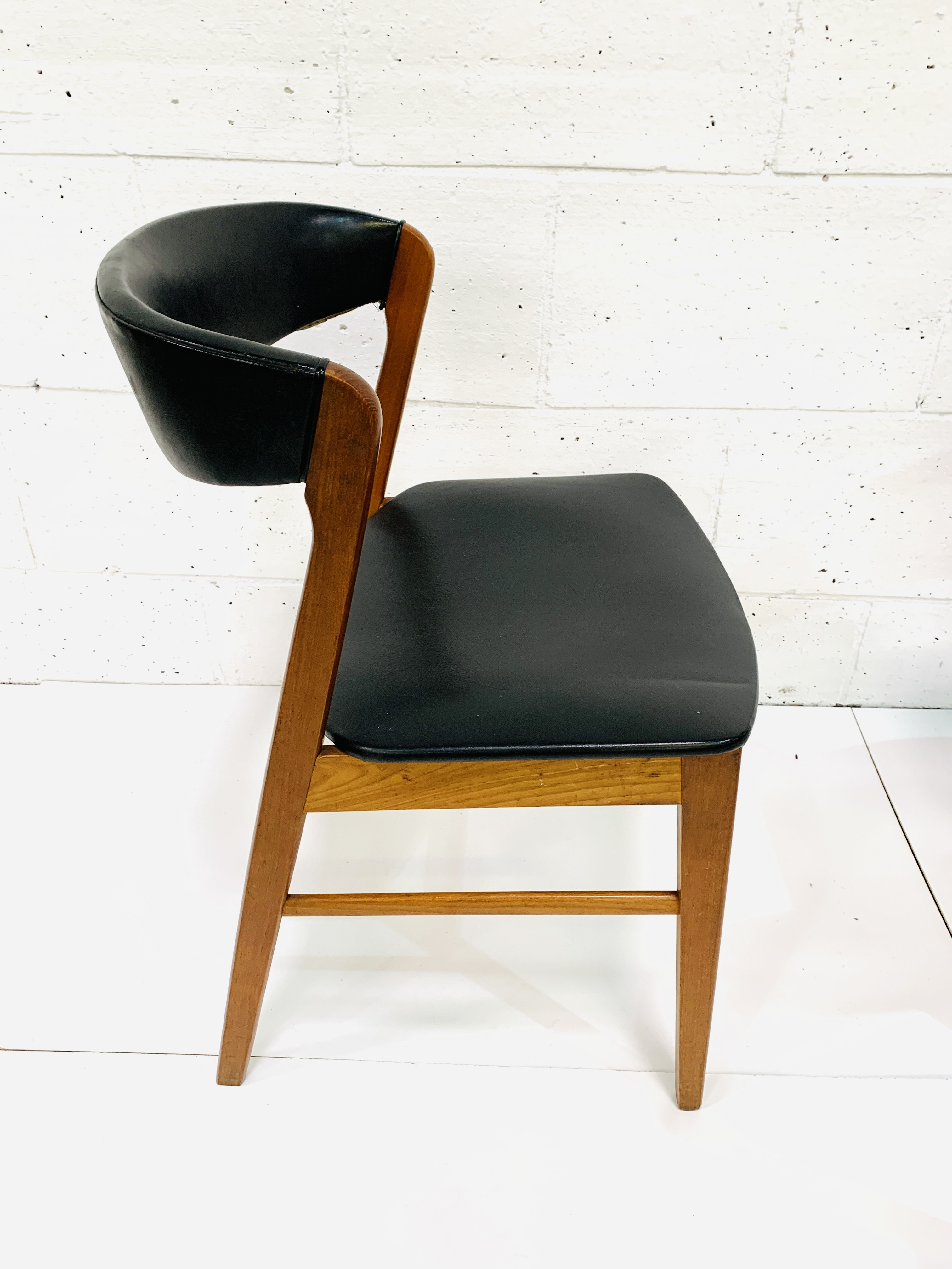 Six 1960's teak framed chairs - Image 7 of 7