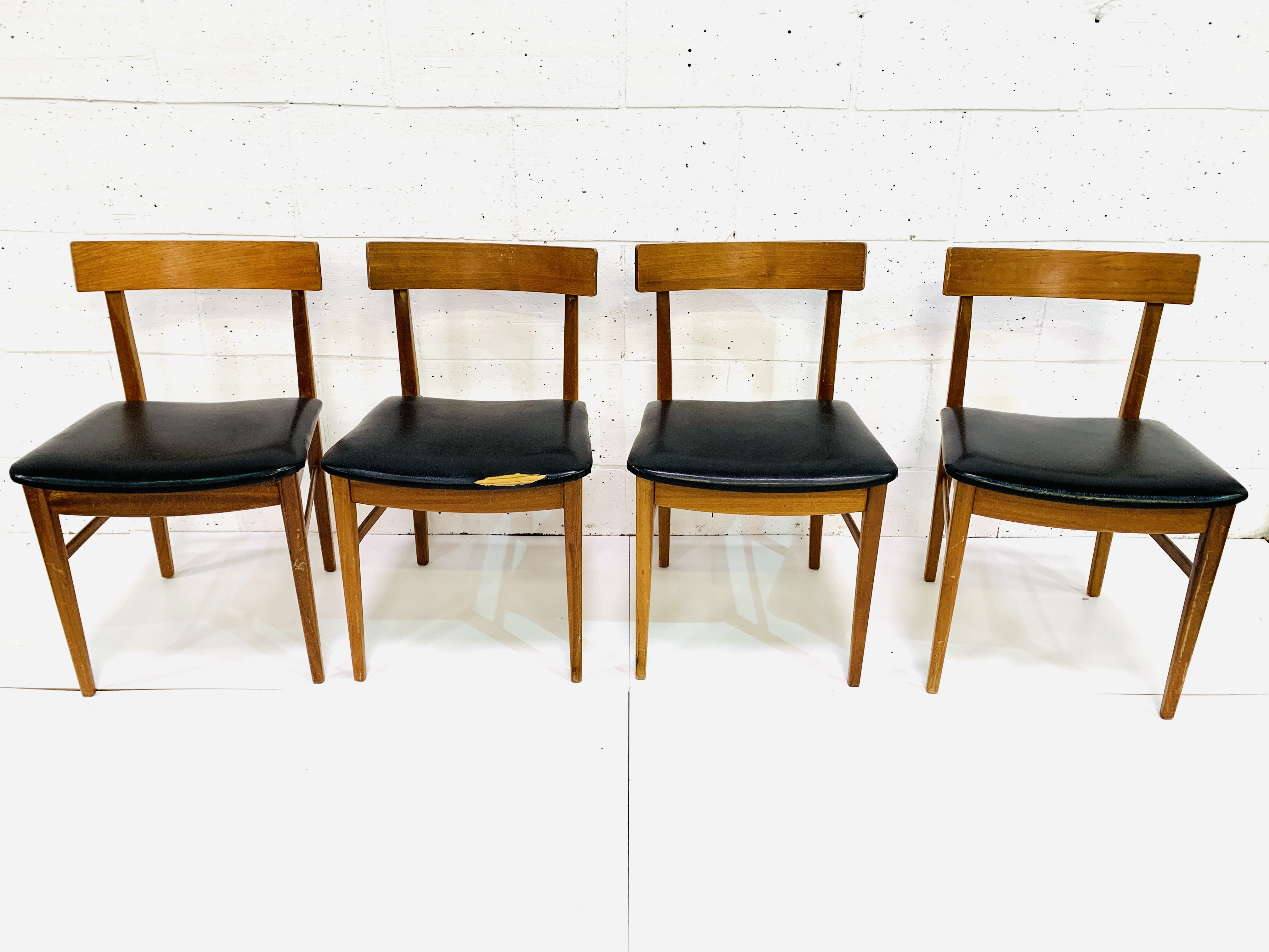 Four teak framed curved back dining chairs - Image 2 of 3