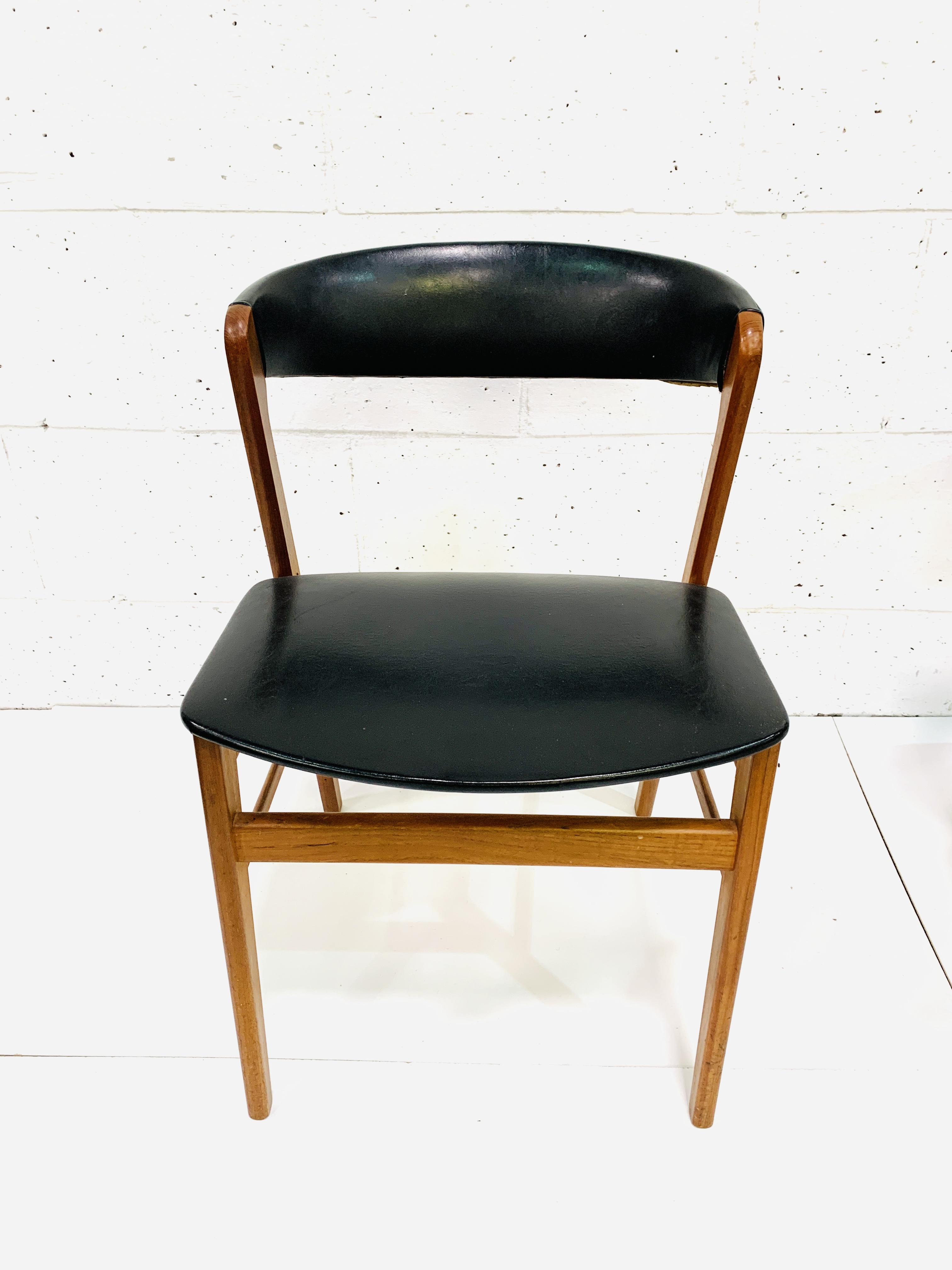 Six 1960's teak framed chairs - Image 5 of 7