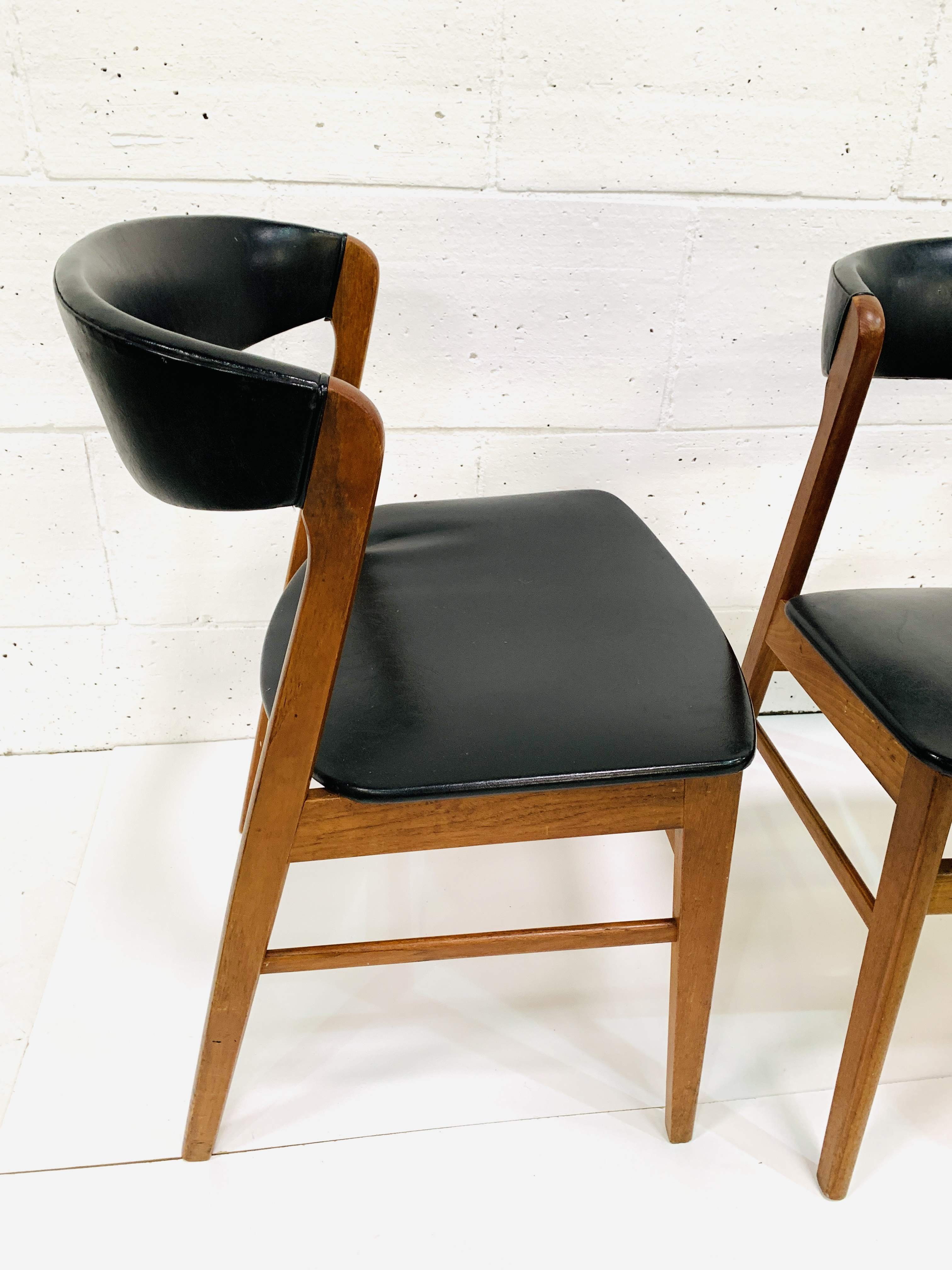 Six 1960's teak framed chairs - Image 4 of 7