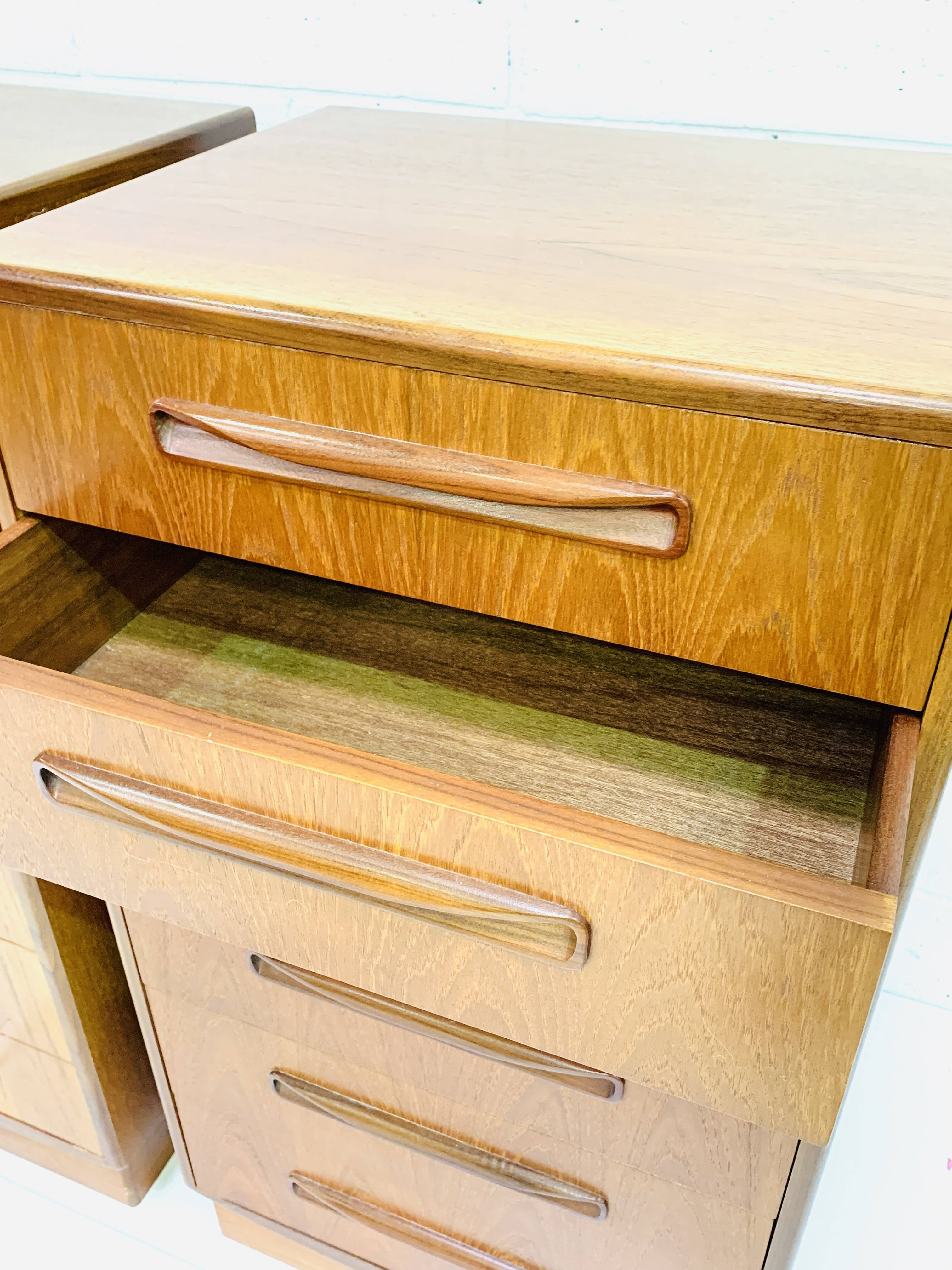 Two G-plan chests of six drawers - Image 6 of 6