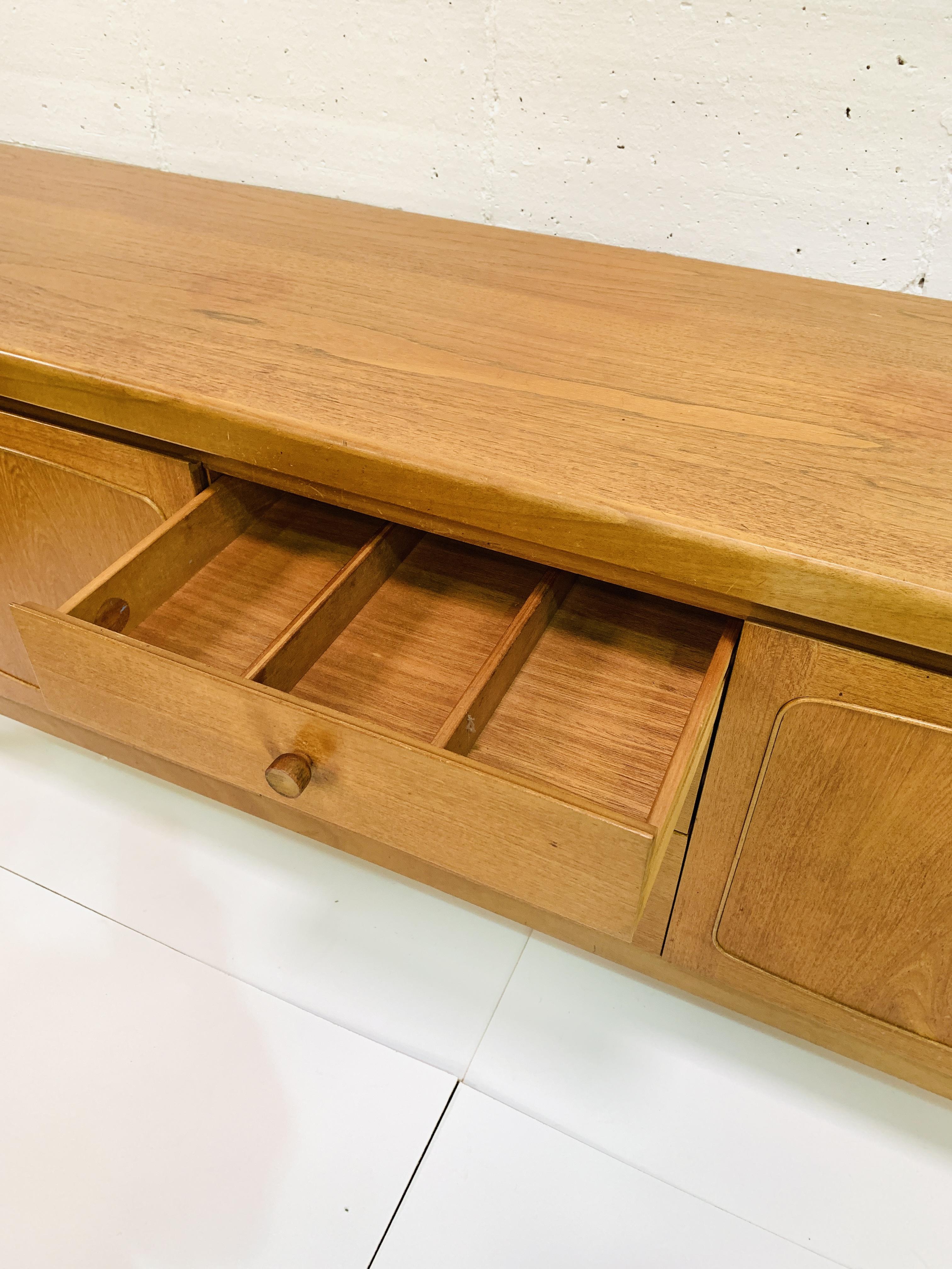 1970's teak sideboard - Image 4 of 6