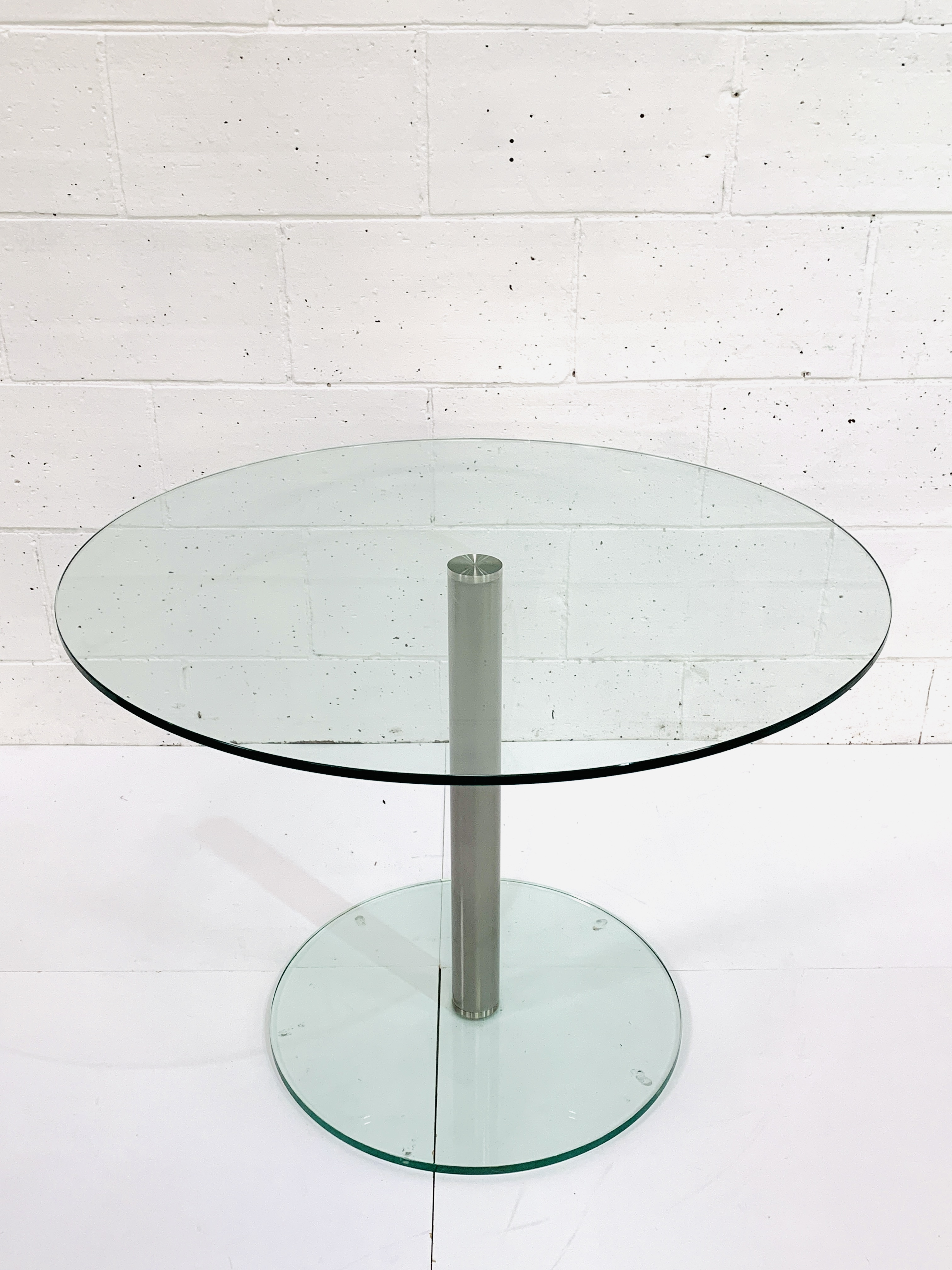 Circular glass top table - Image 2 of 3