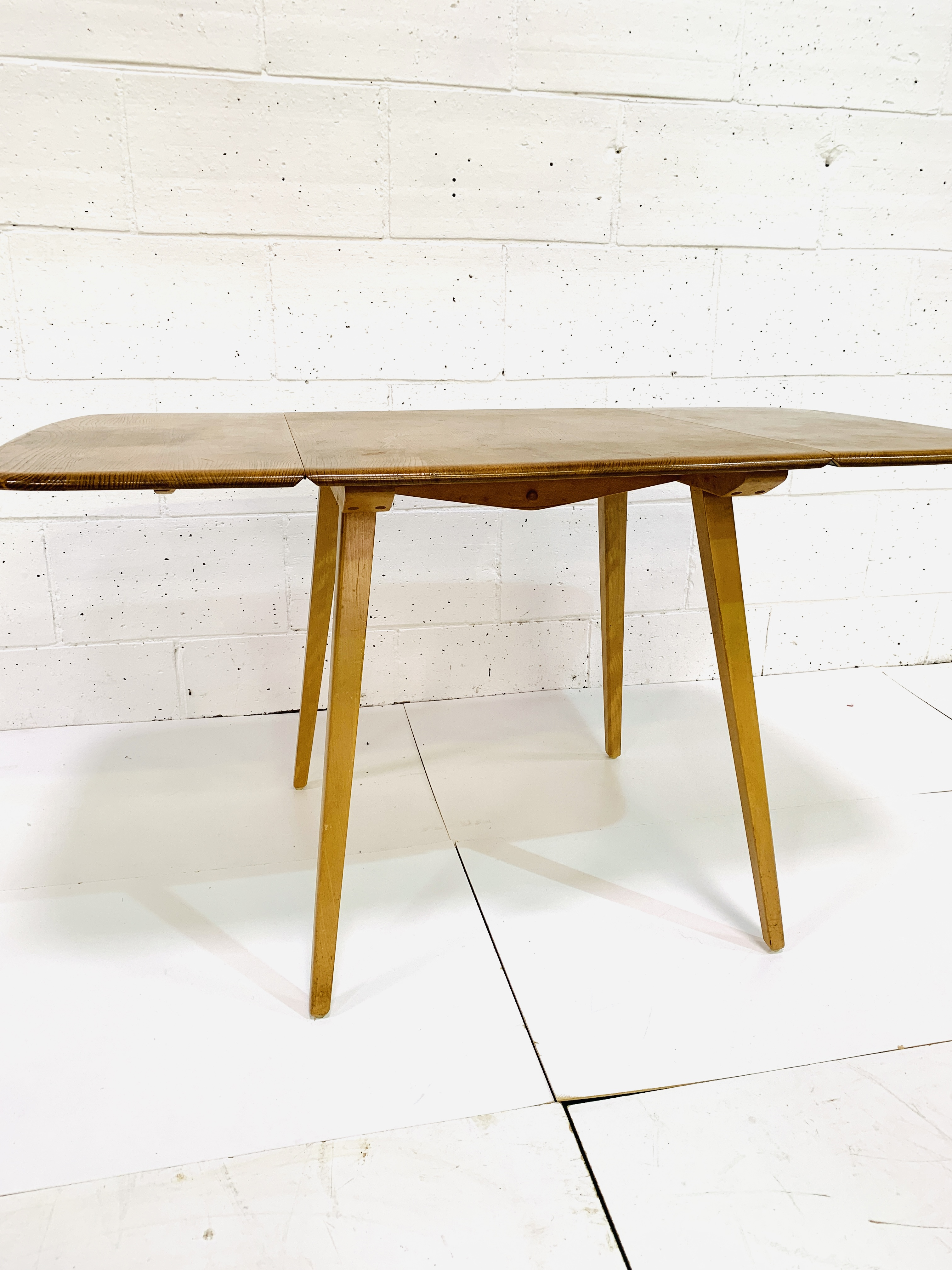 Ercol dropside table - Image 4 of 7