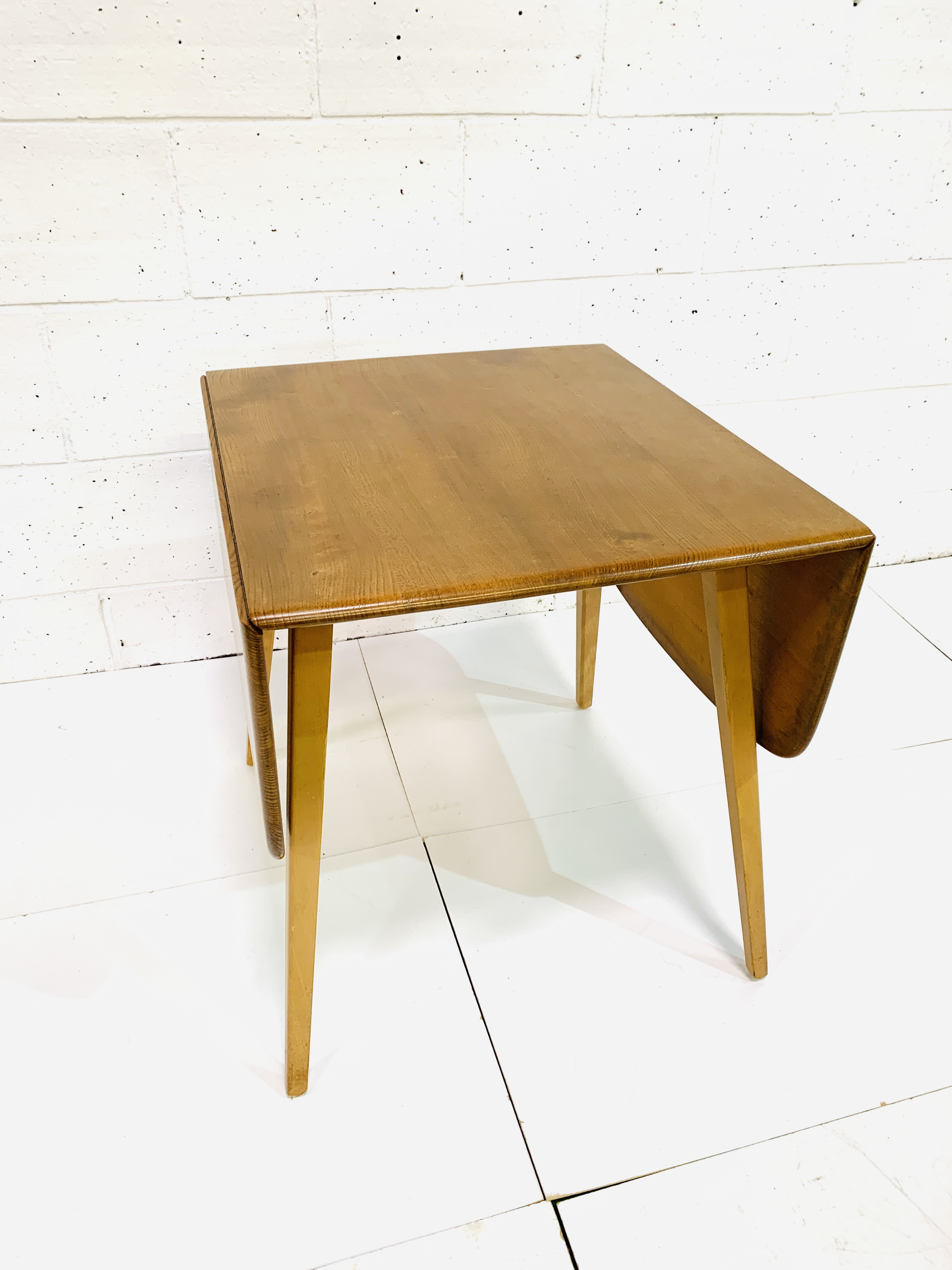 Ercol dropside table - Image 7 of 7