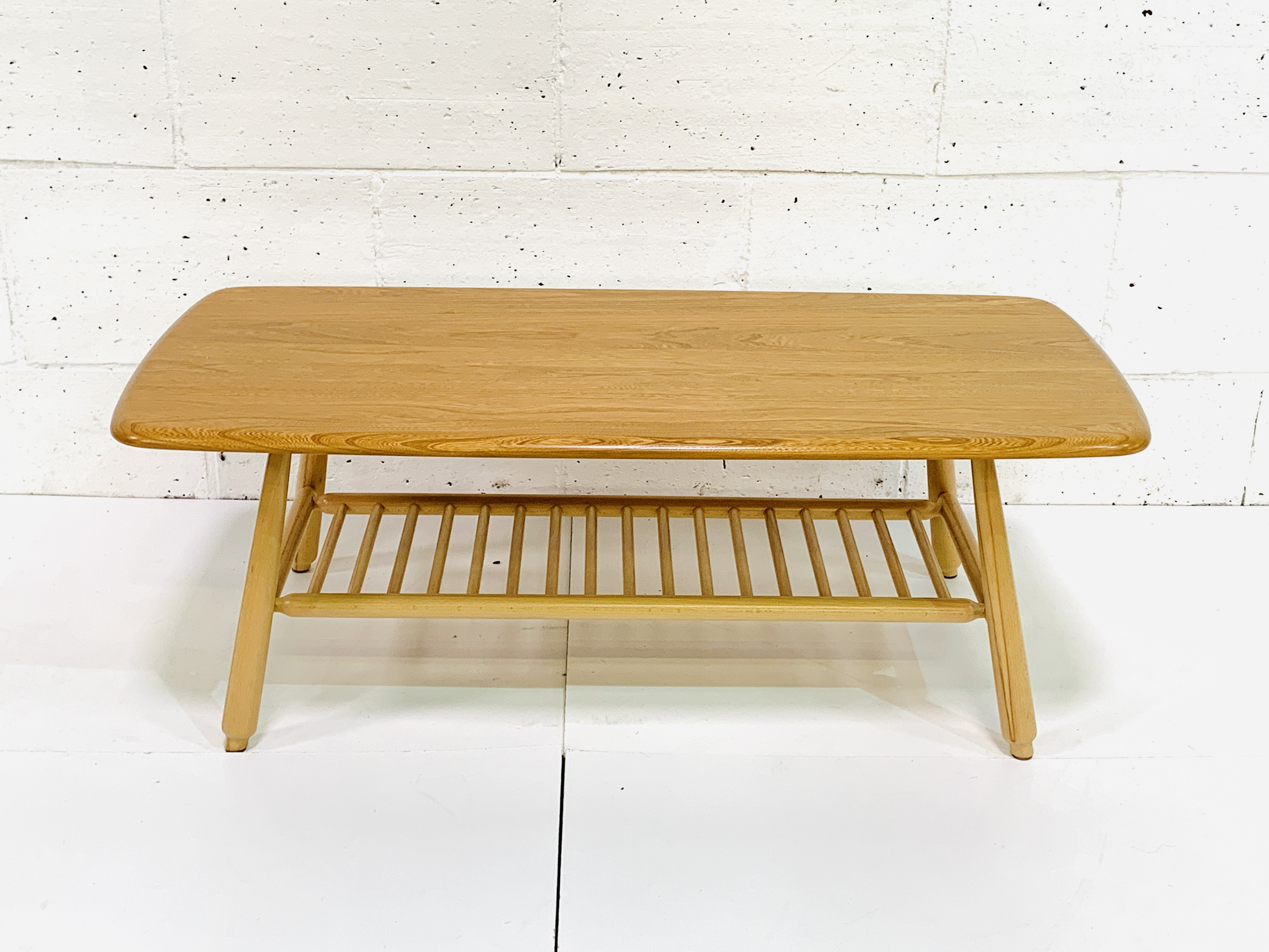Ercol coffee table - Image 4 of 4