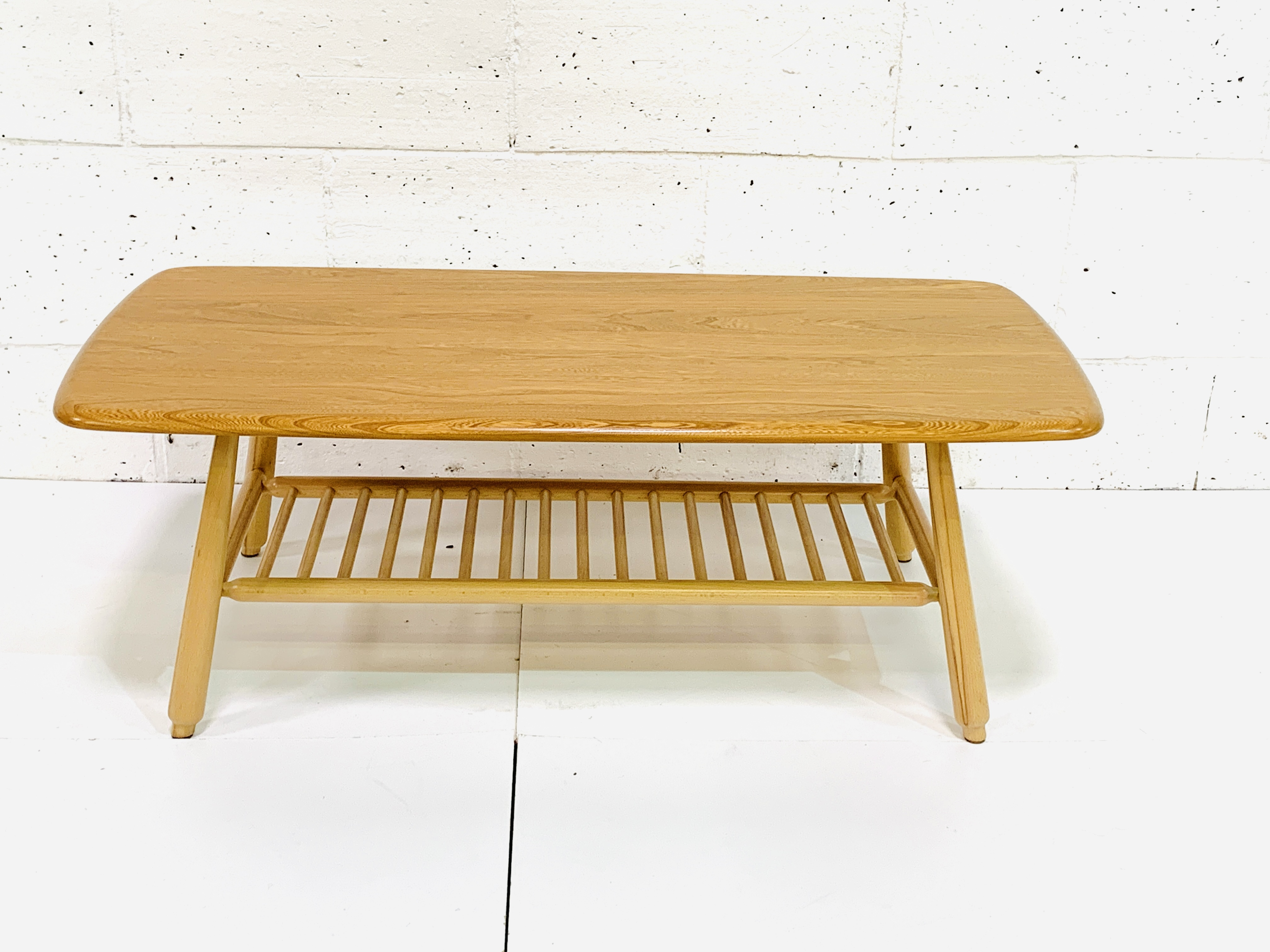 Ercol coffee table - Image 3 of 4