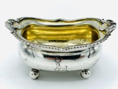 George III sterling silver salt dish on 4 claw feet by Alice and George Burrows, 1809