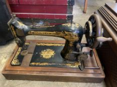 Singer late Victorian manual sewing machine
