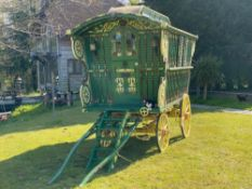 READING DUNTON WAGON, painted green with cream and red decoration