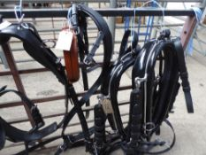 Set of pair harness with 22ins collar; a very good quality set - carries VAT