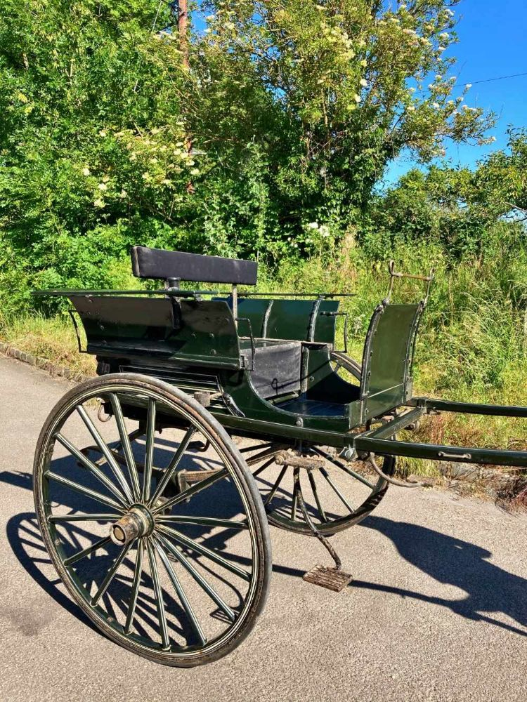 Horse-Drawn Vehicles Saddlery, Tack & Harness, Equestrian Pictures, Models & Books, Antique accoutrements