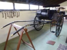 TANDEM DOG CART built by Windover circa 1900 to suit 14.2 to 15.2hh single or tandem.