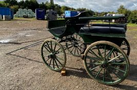 FRENCH WAGONETTE circa 1900 to suit 14.2 to 16hh single.