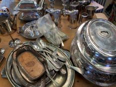 Quantity of silver plate