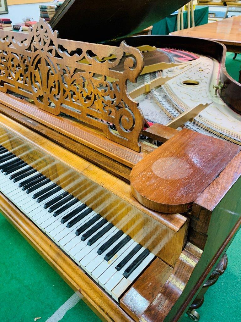 Mahogany cased small grand piano by Hagspiel & Company - Image 2 of 6