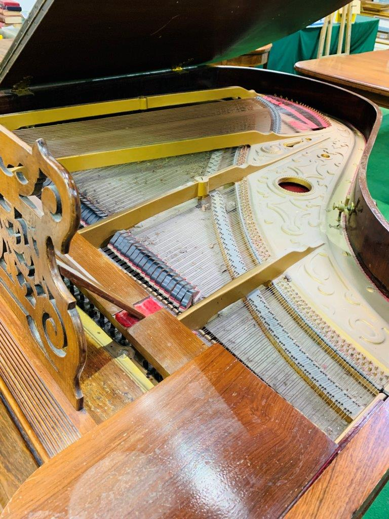 Mahogany cased small grand piano by Hagspiel & Company - Image 6 of 6