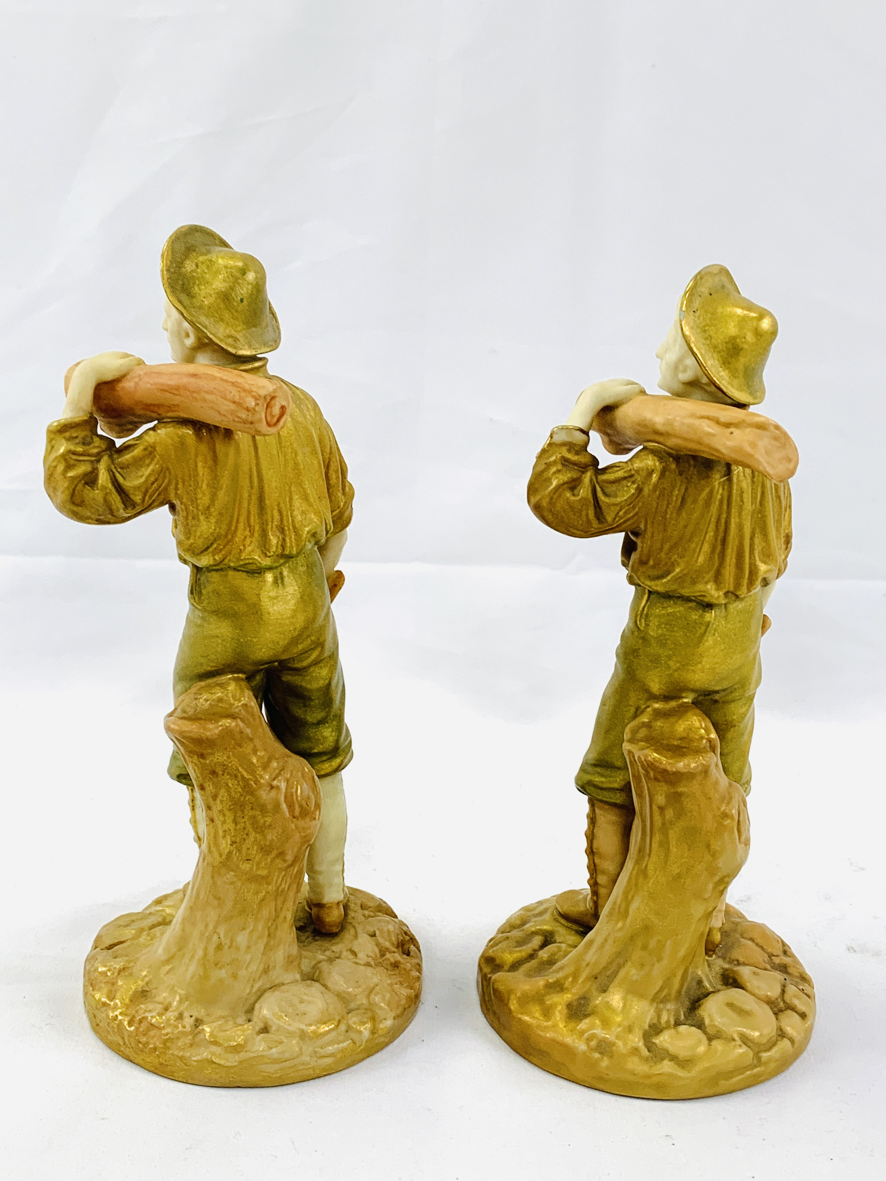 """Two 19th Century Royal Worcester figurines """"The Woodman"""" - Image 3 of 3"""