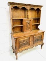 Oak Arts and Crafts dresser