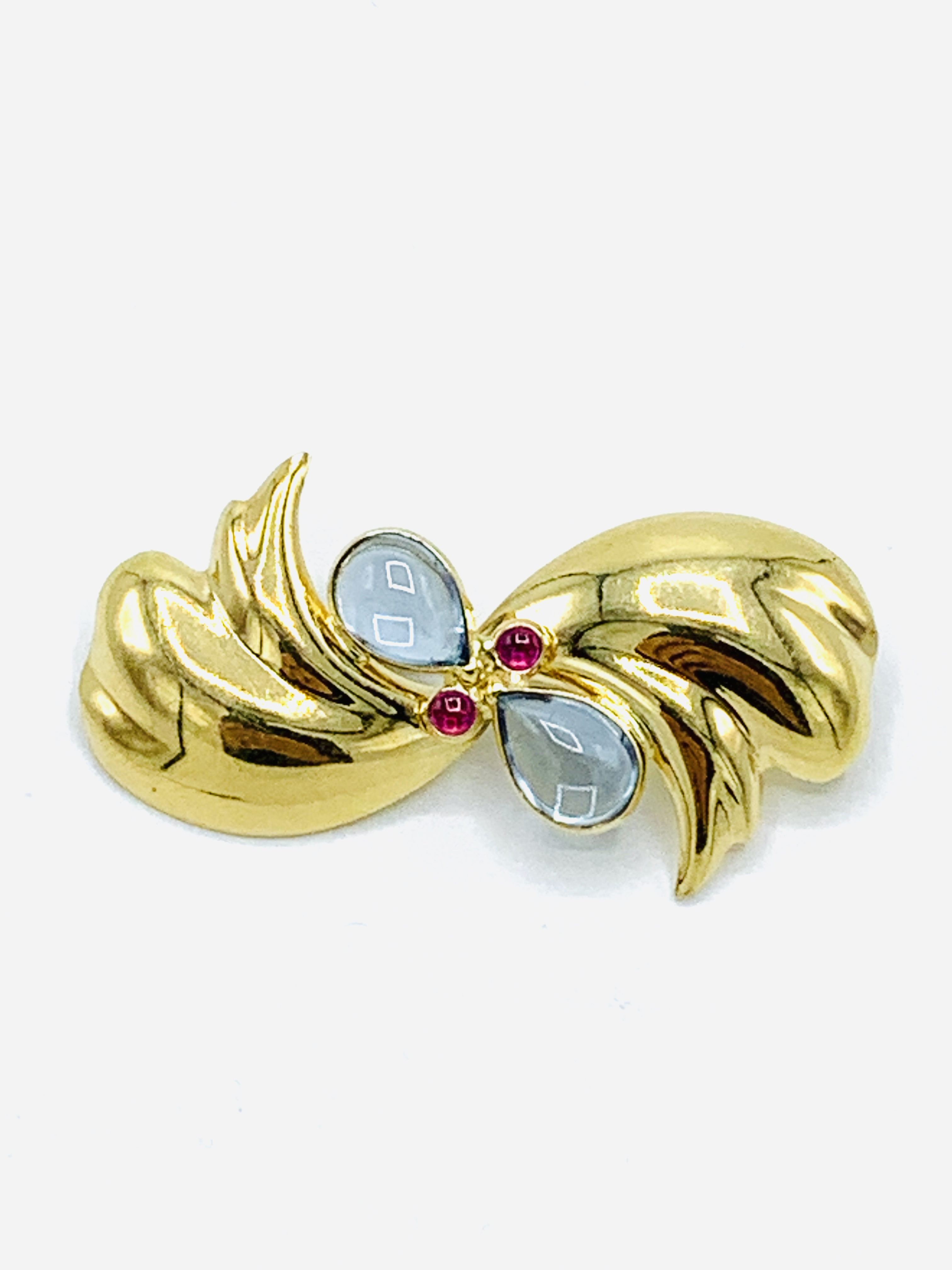 Contemporary 18ct gold brooch set with aquamarine cabochons and rubies