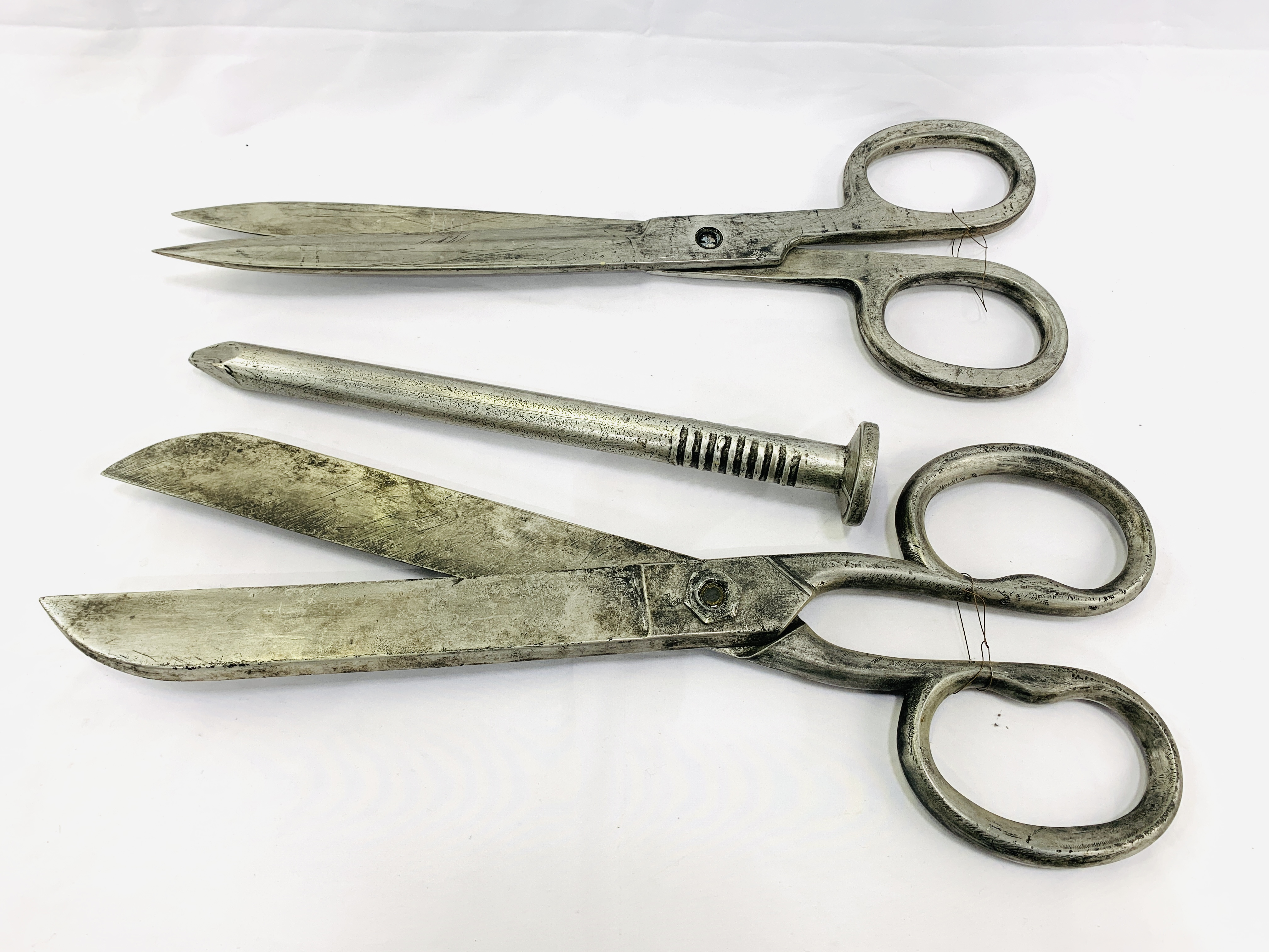 Two pairs of Victorian industrial style scissors, and a large resin nail - Image 3 of 4