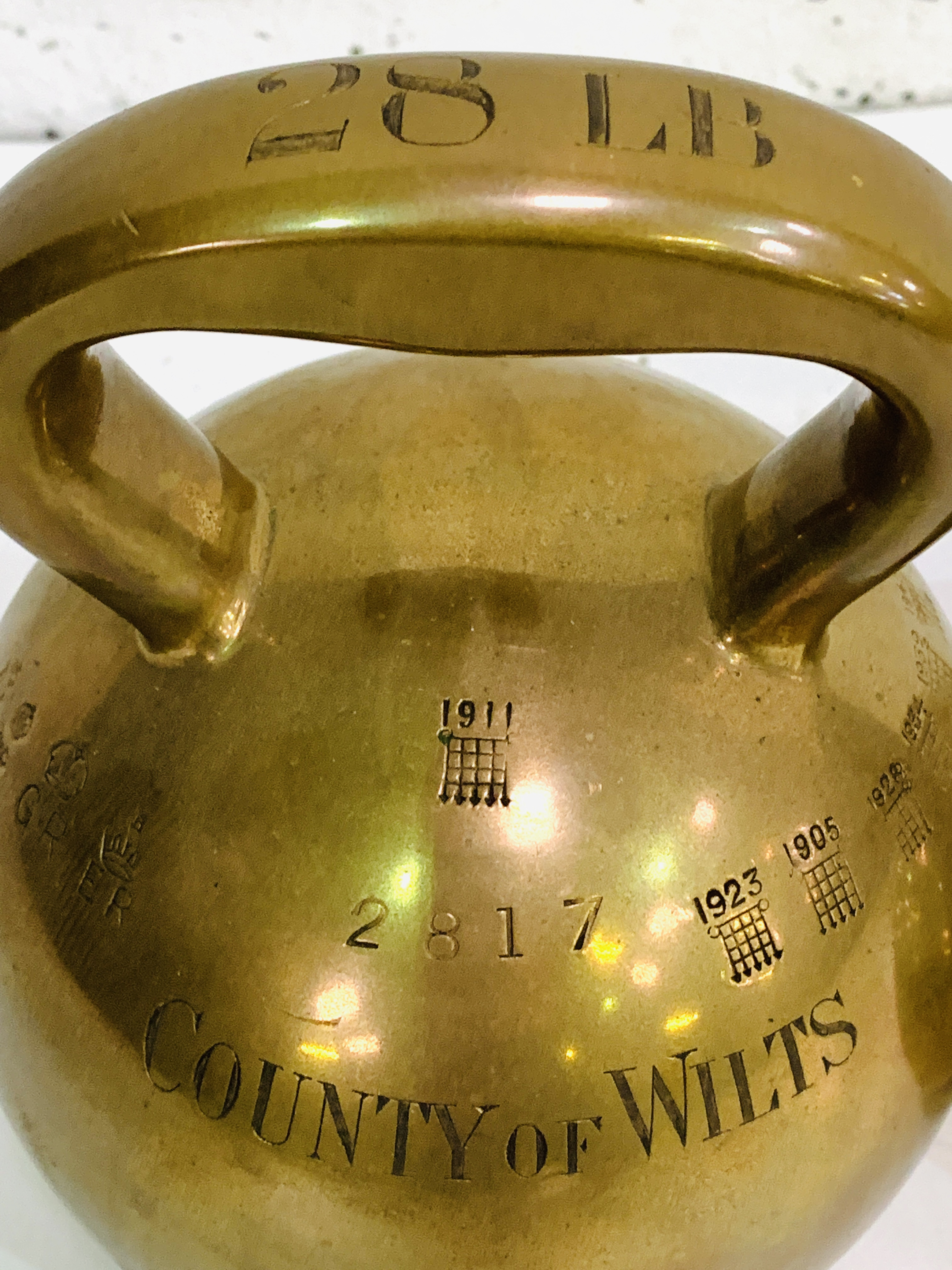 Two brass County of Wilts bell weights - Image 5 of 9
