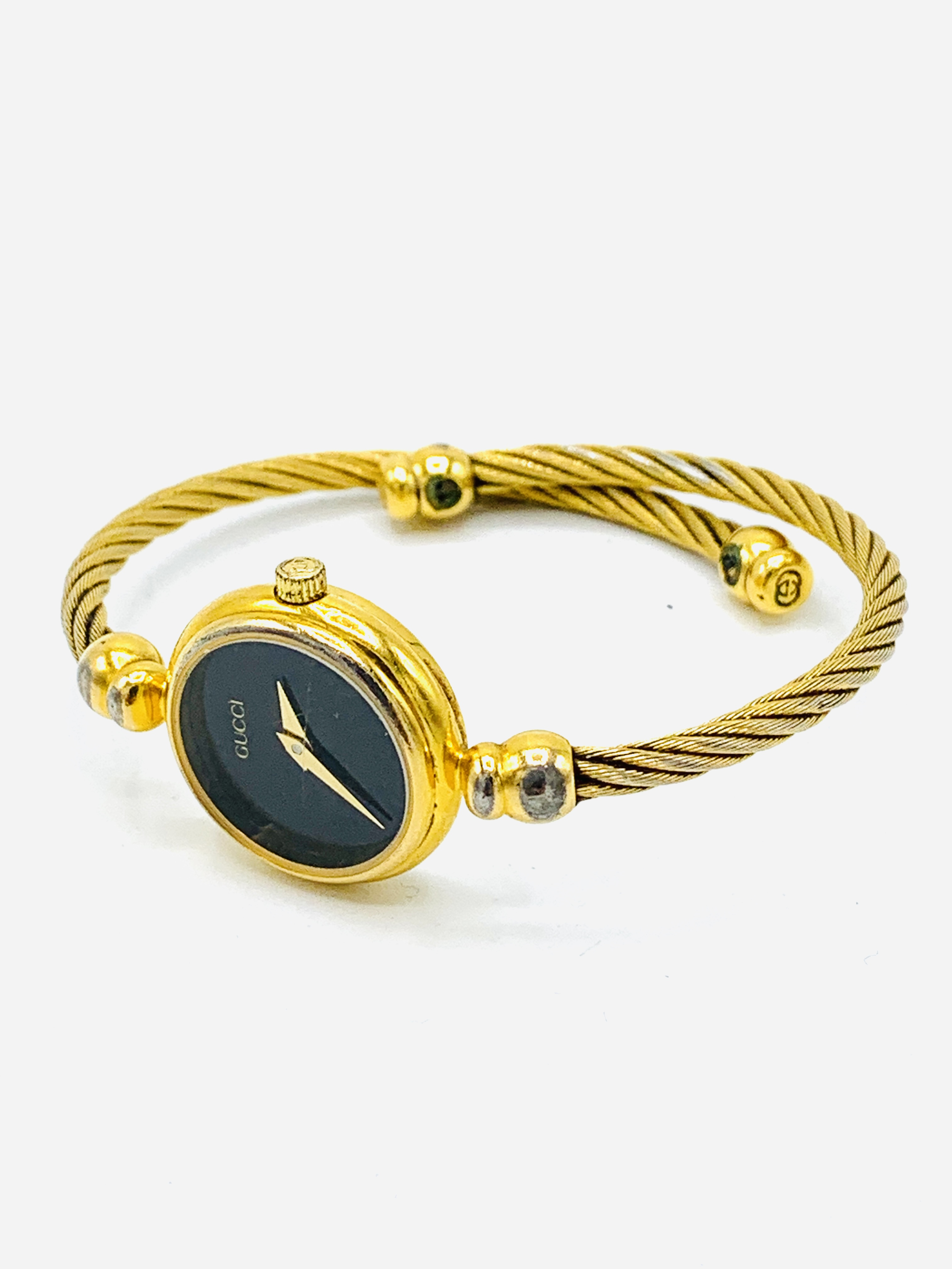 Gucci gold plate case watch with bangle strap, no. 2700.2.L
