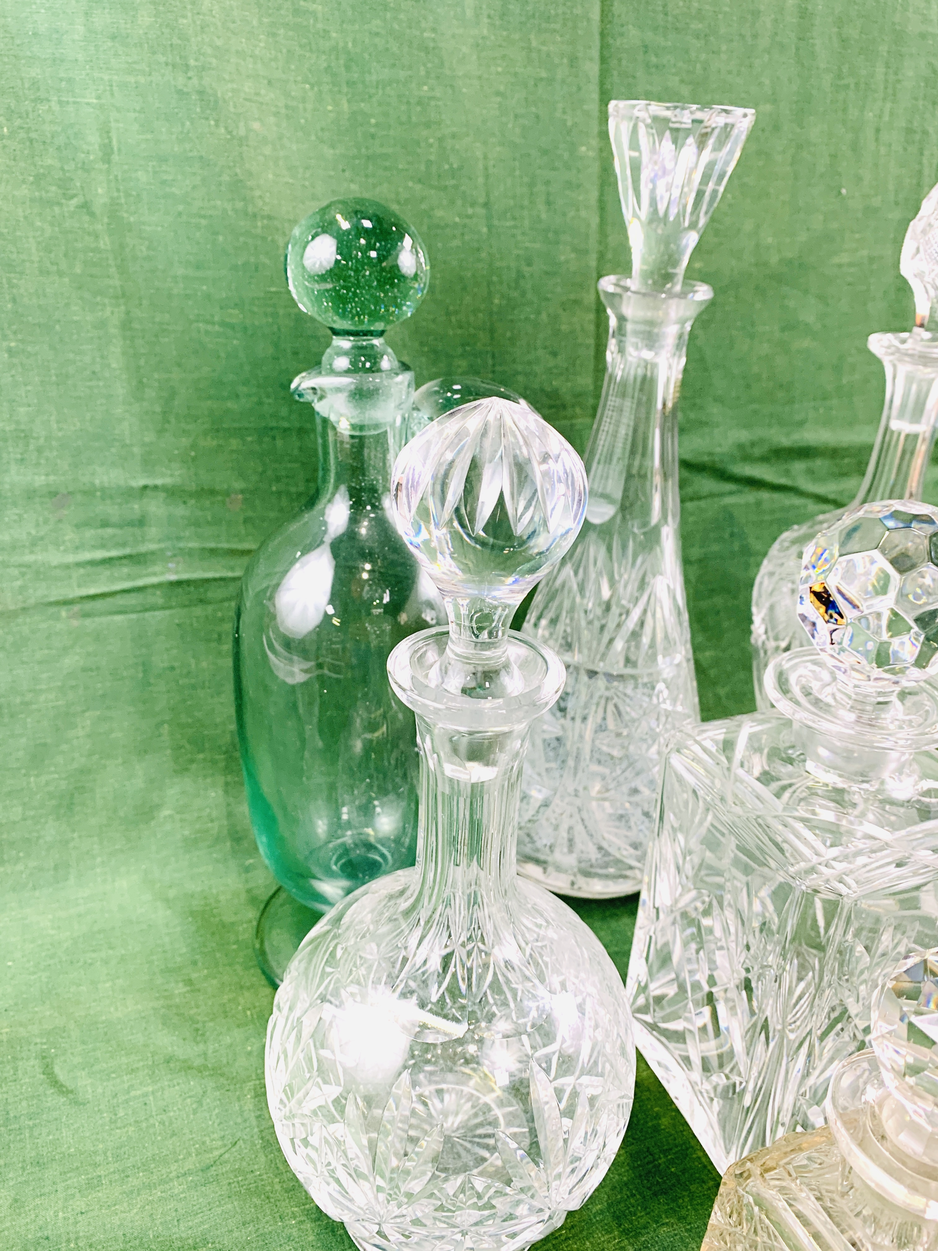 A collection of decanters - Image 5 of 8