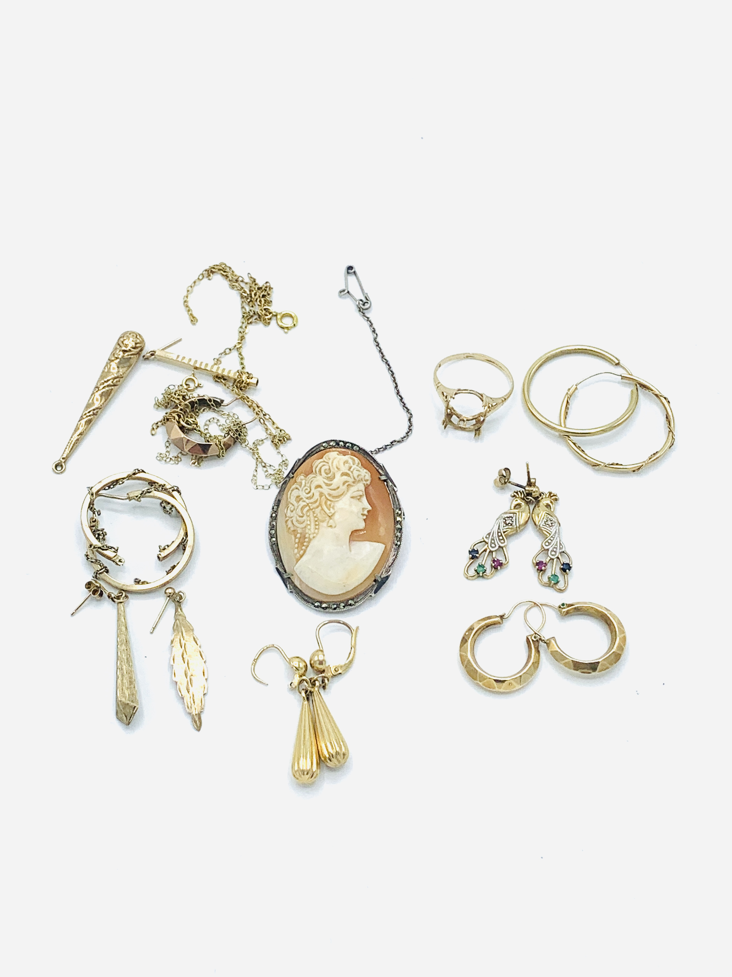 Six pairs of 9ct gold earrings; together with other jewellery - Image 2 of 5