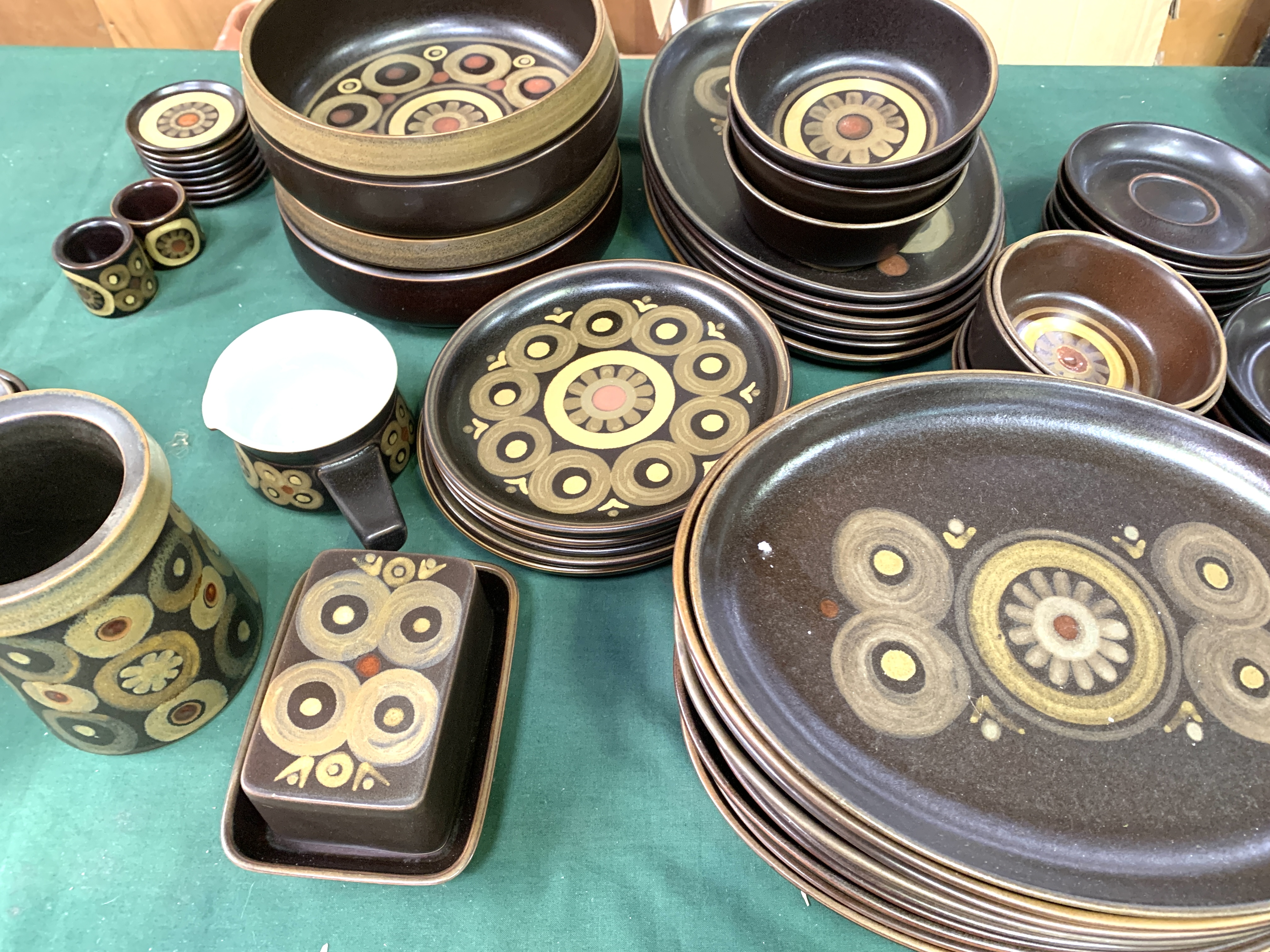 180 pieces of Denby Arabesque tableware - Image 4 of 9