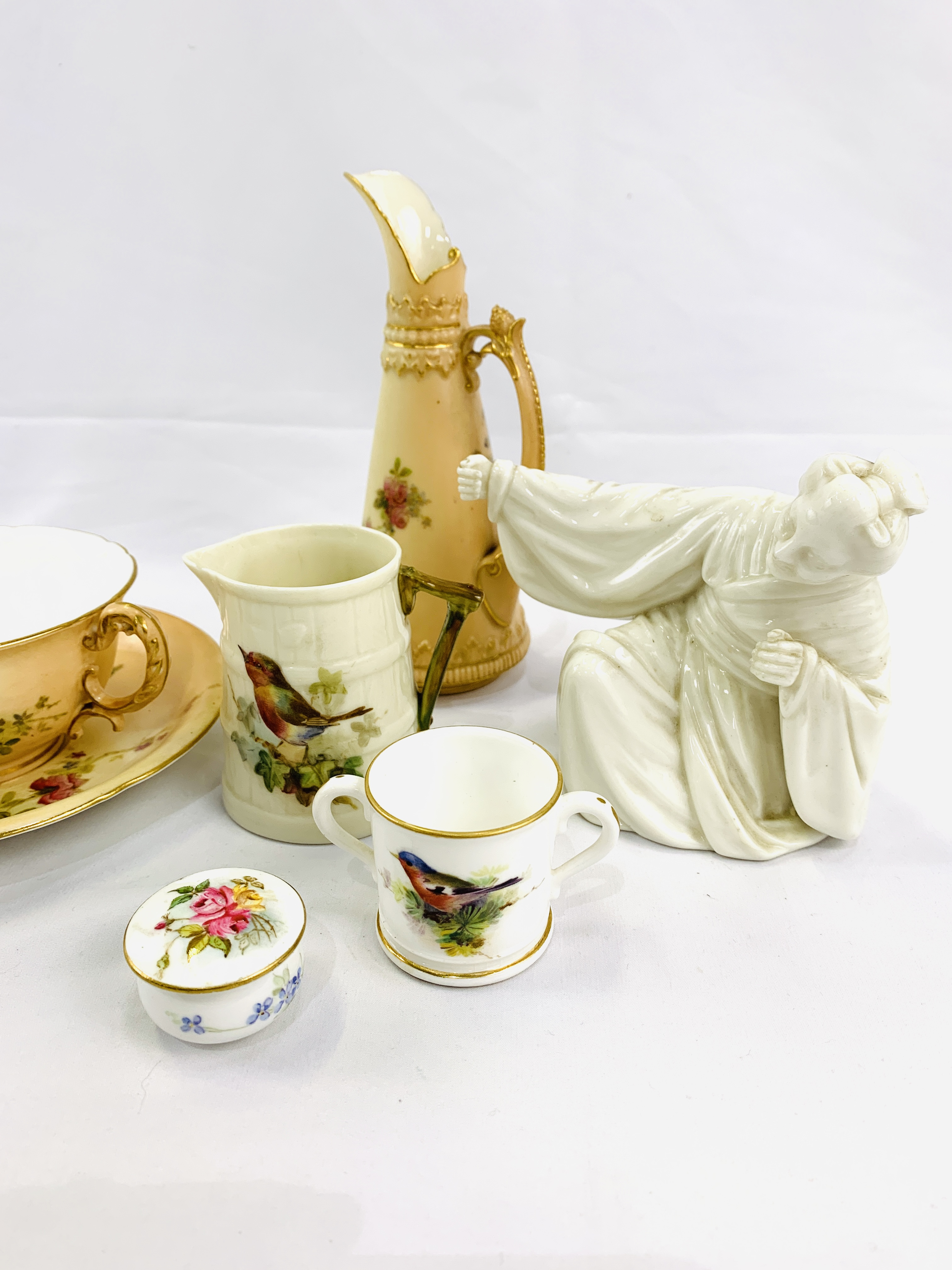 Collection of Royal Worcester - Image 2 of 5