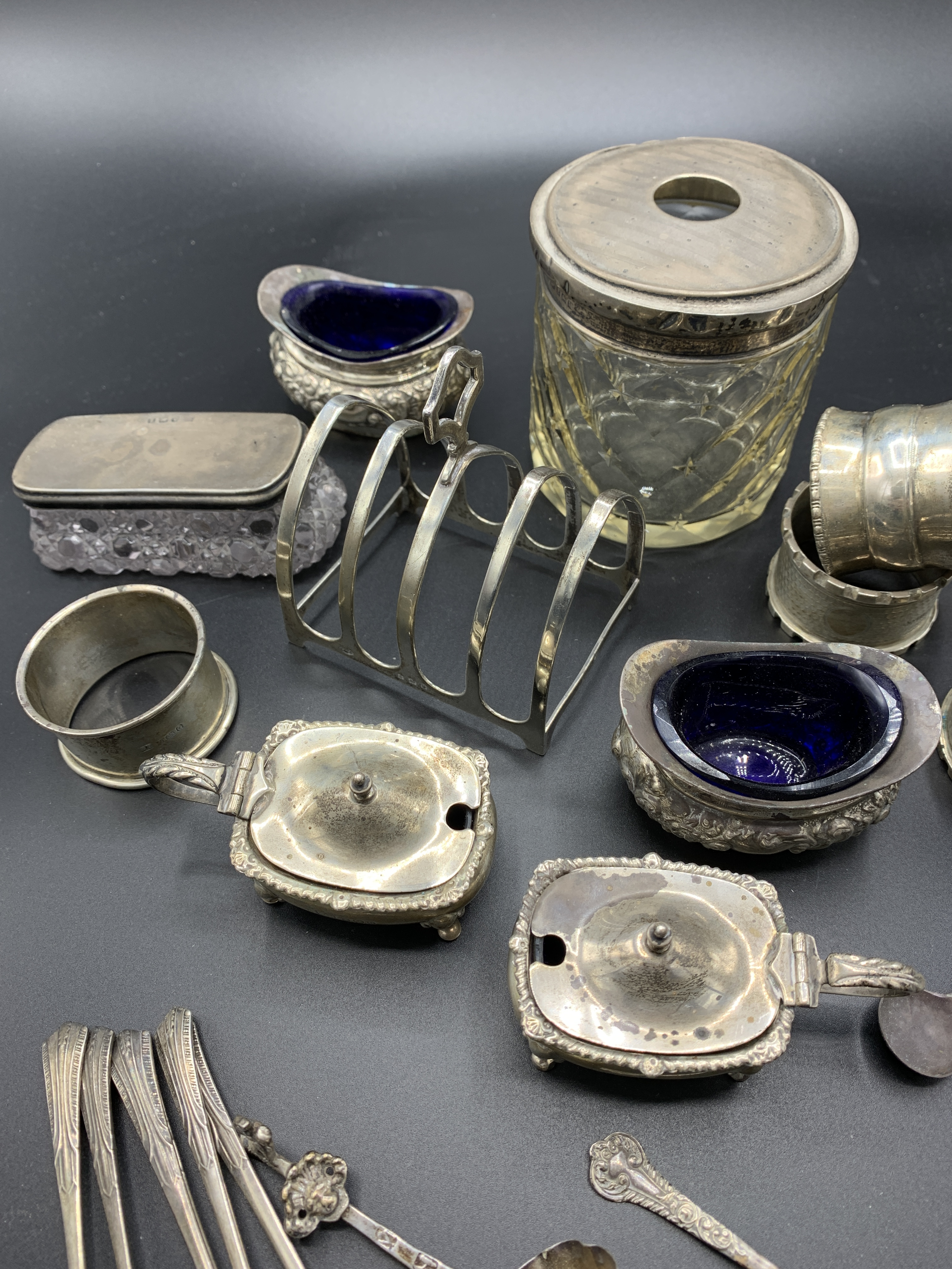 Silver cruets and other silver item - Image 2 of 3