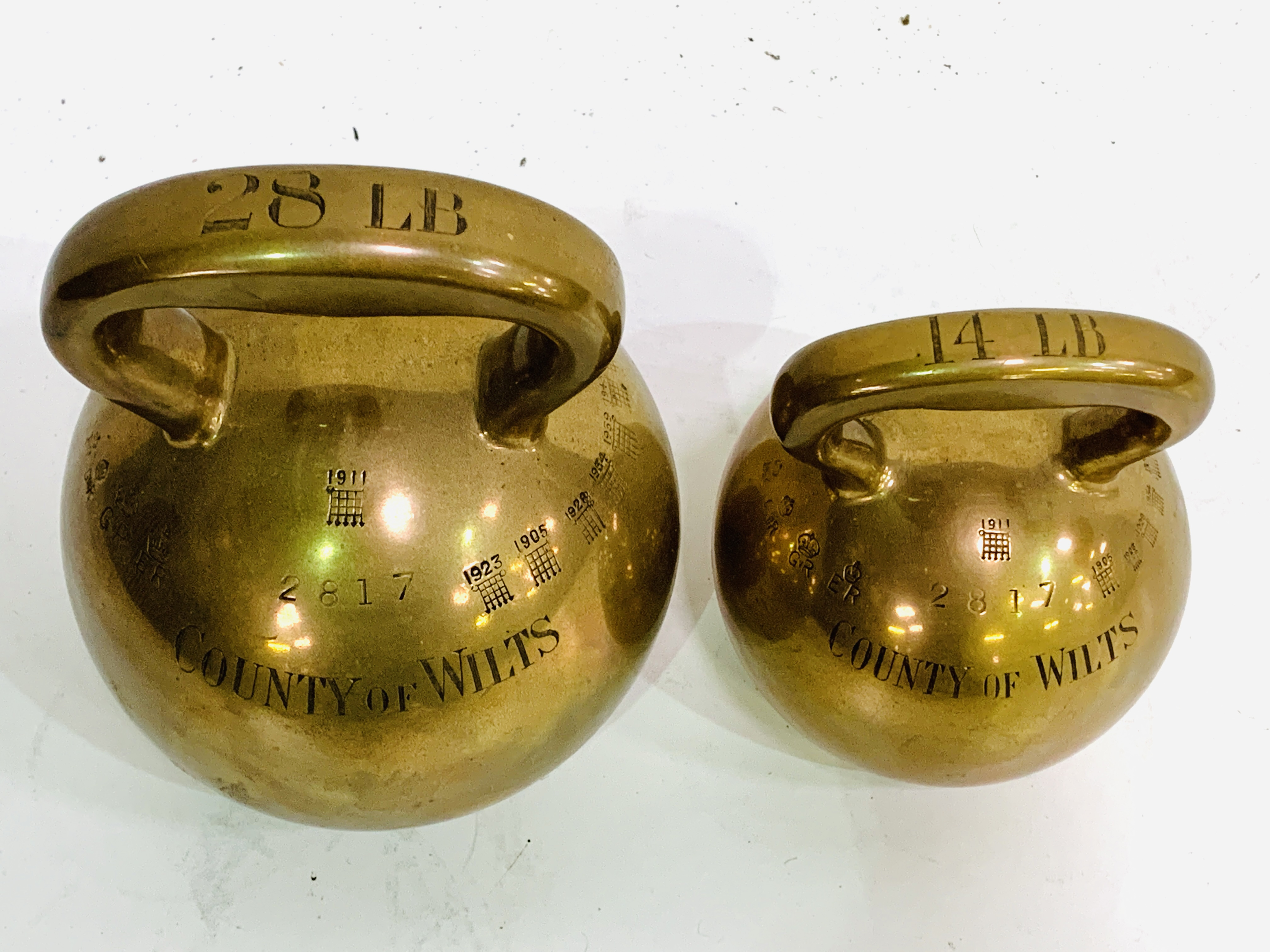 Two brass County of Wilts bell weights - Image 4 of 9