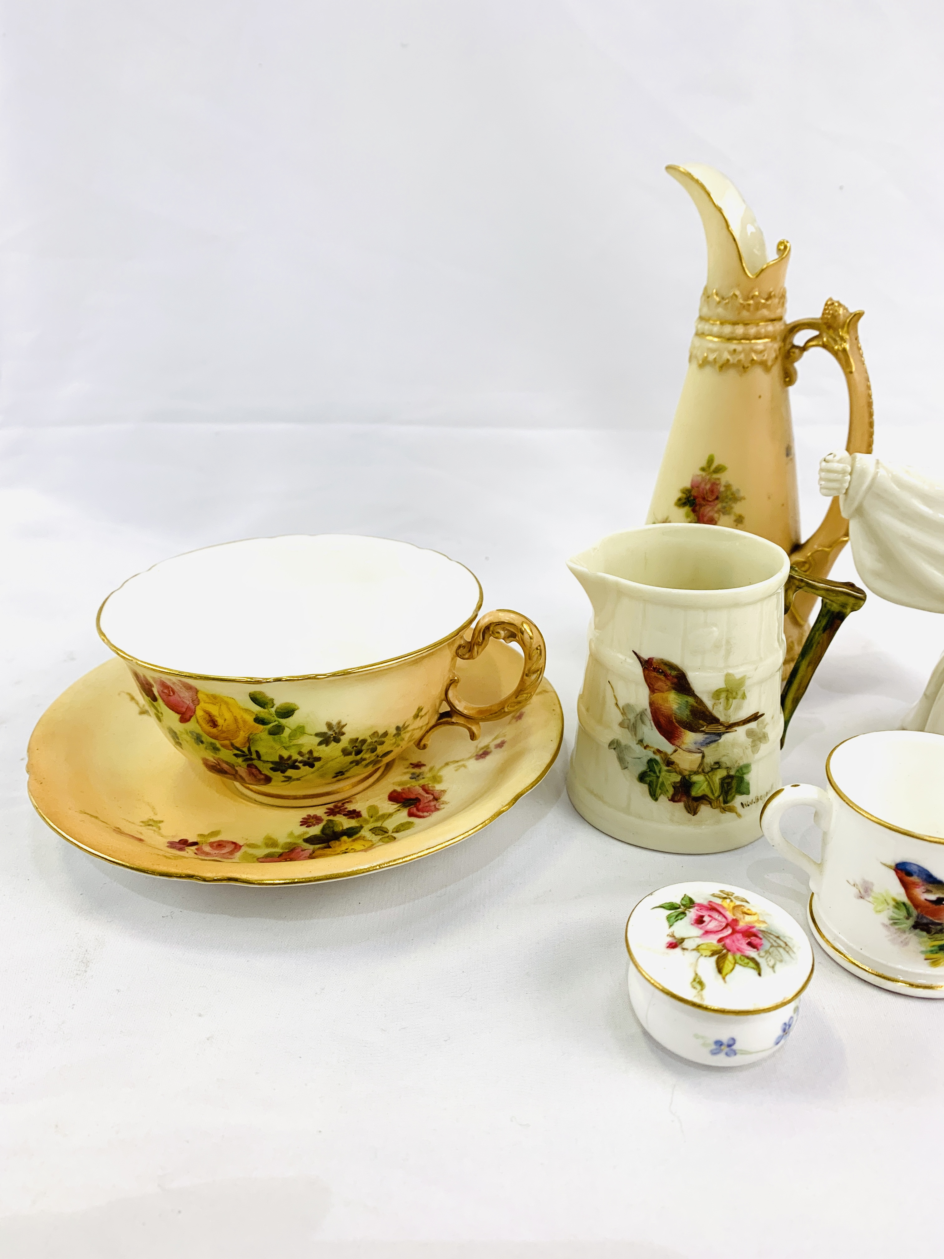 Collection of Royal Worcester - Image 3 of 5
