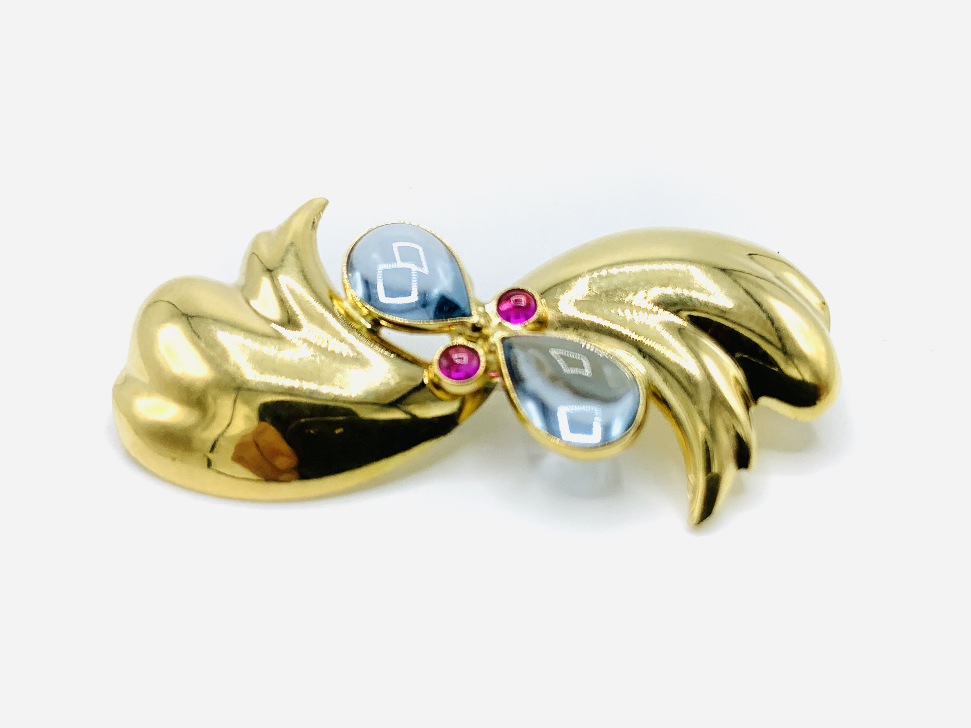 Contemporary 18ct gold brooch set with aquamarine cabochons and rubies - Image 2 of 3