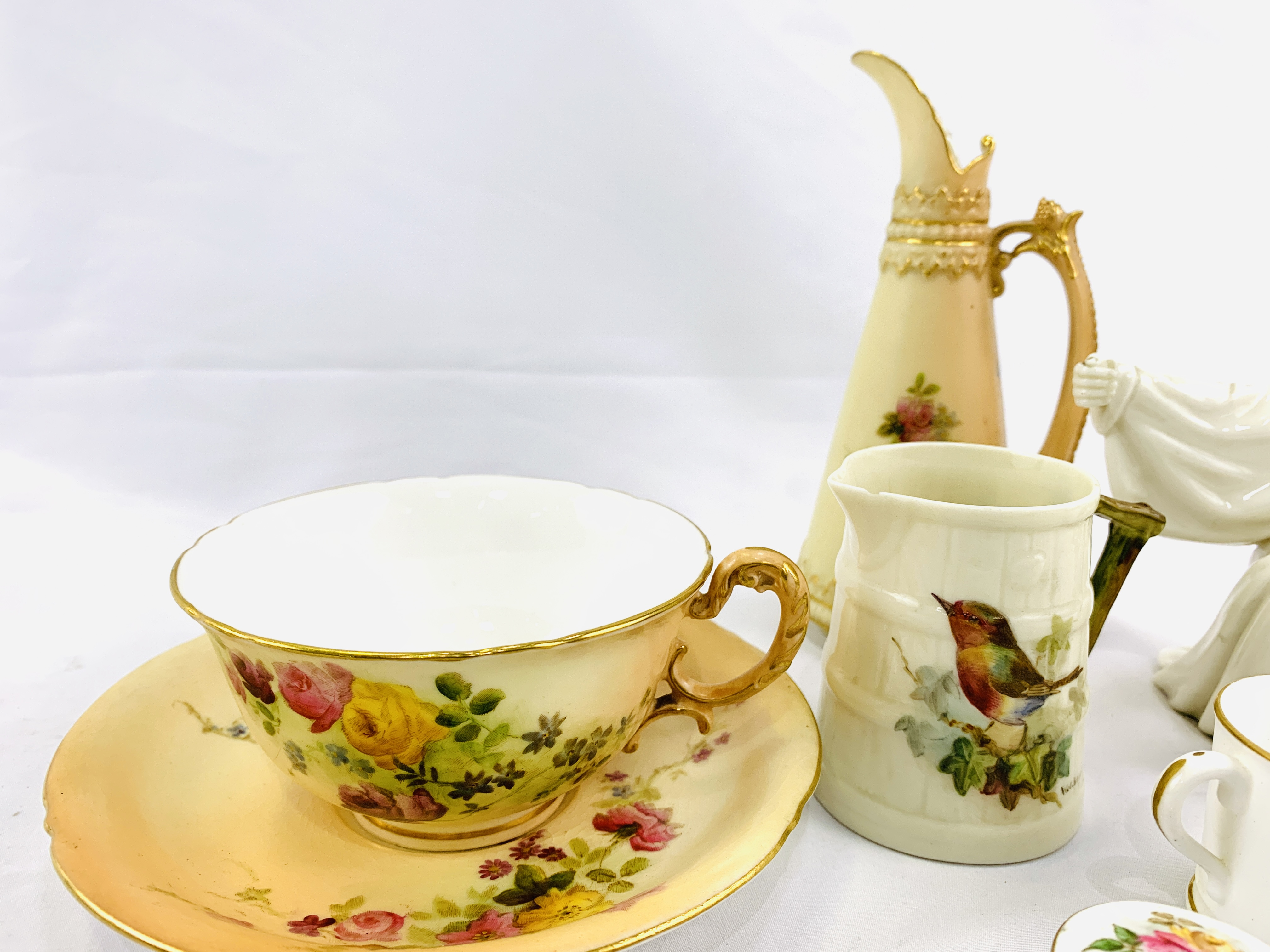 Collection of Royal Worcester - Image 4 of 5