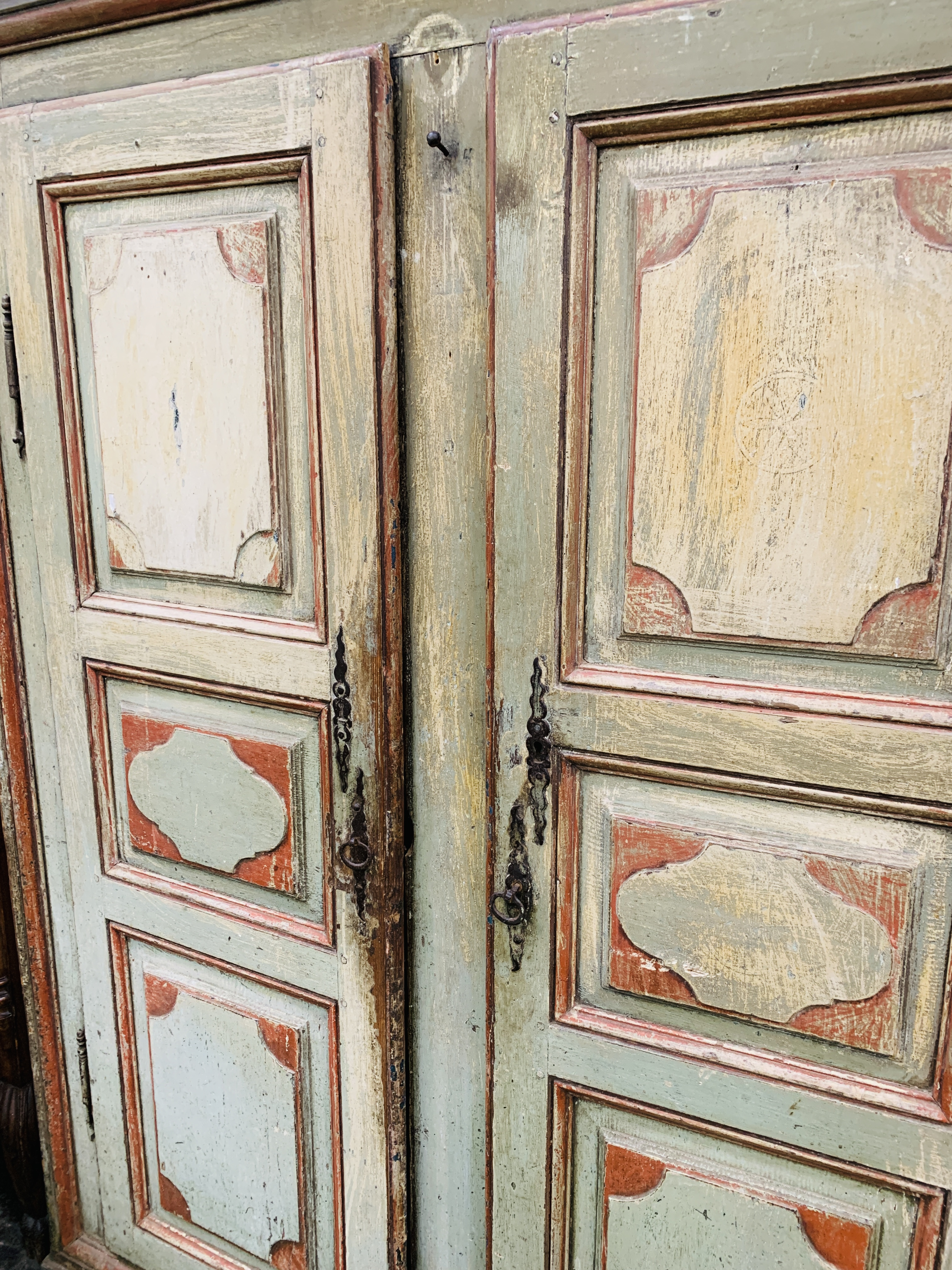 Mid-19th century French painted pine wardrobe - Image 8 of 8