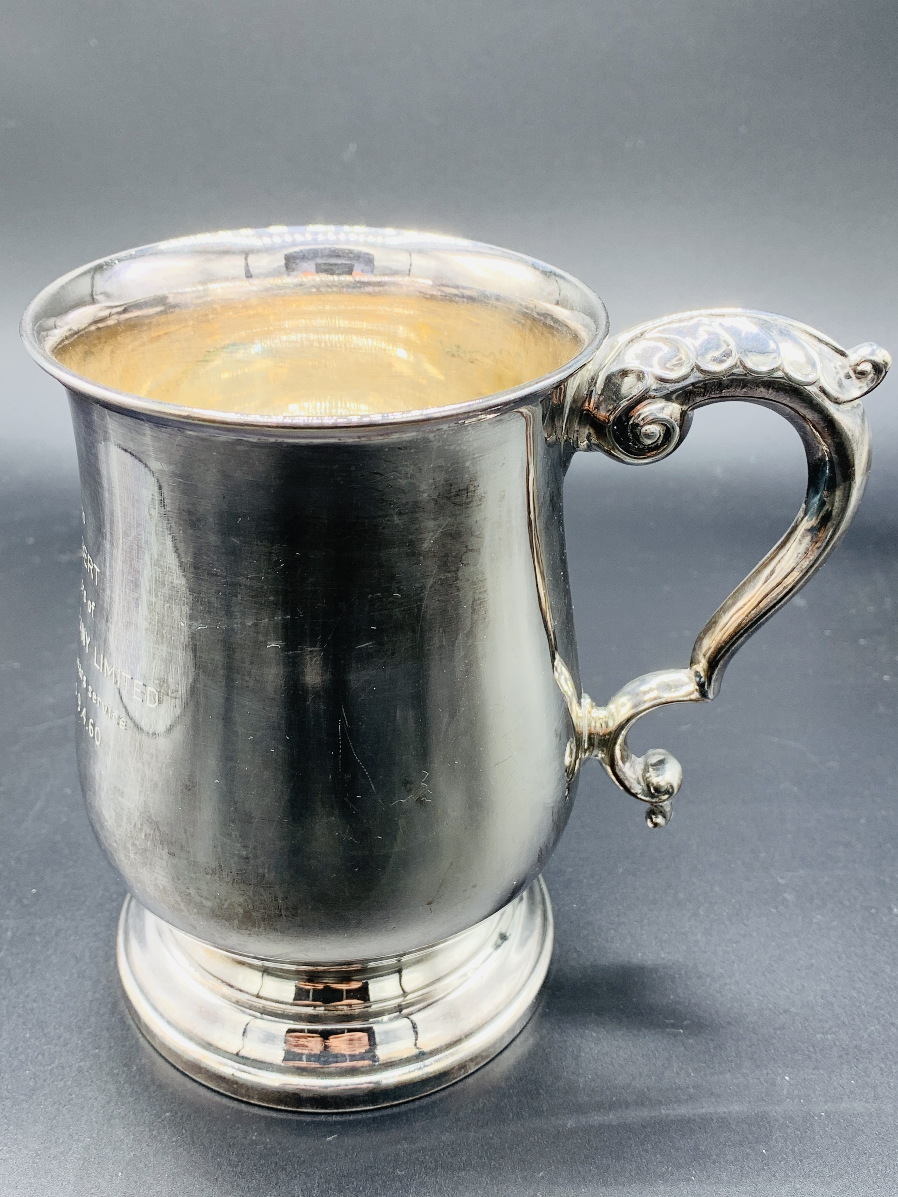 Silver tankard hallmarked Sheffield 1960; together with a silver trophy on Bakelite stand - Image 8 of 8
