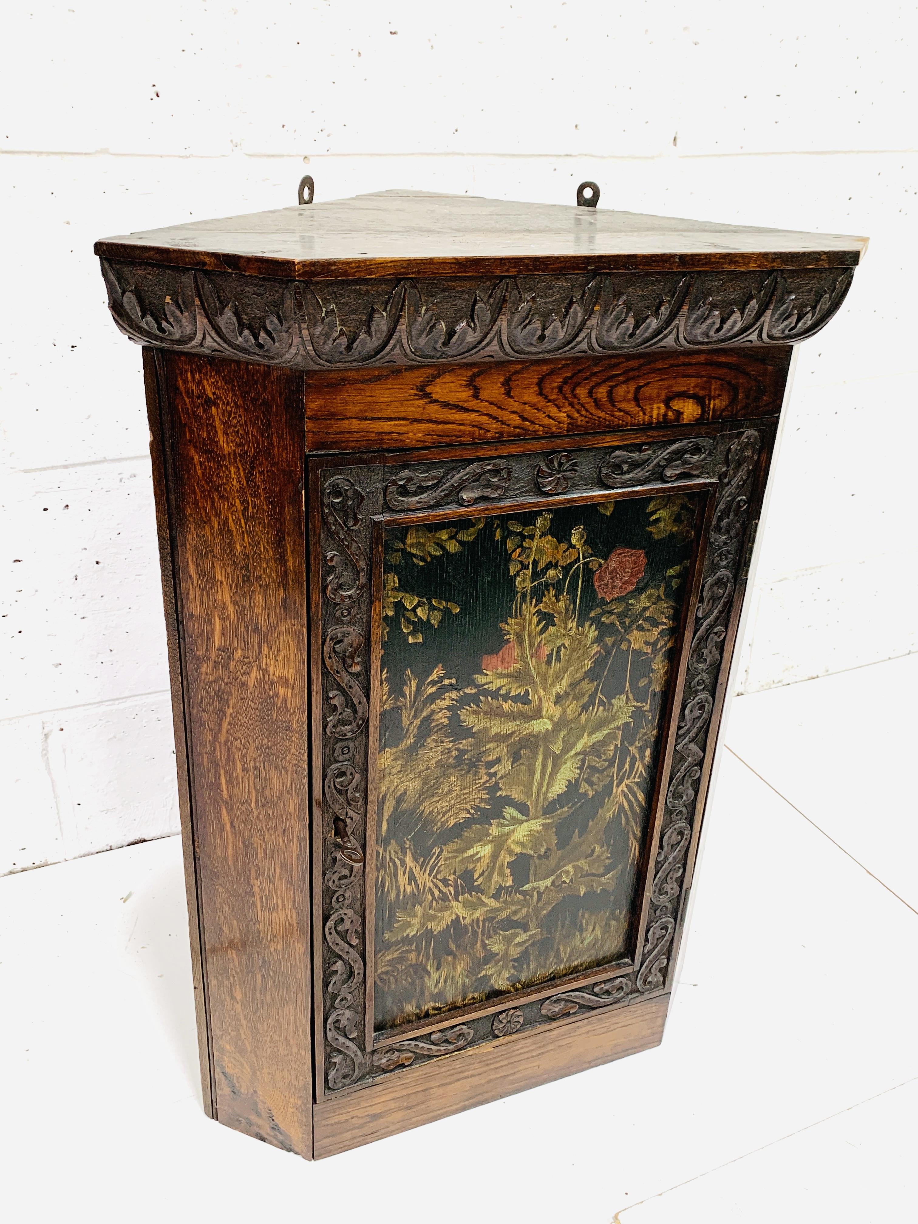 Oak corner cupboard - Image 3 of 6