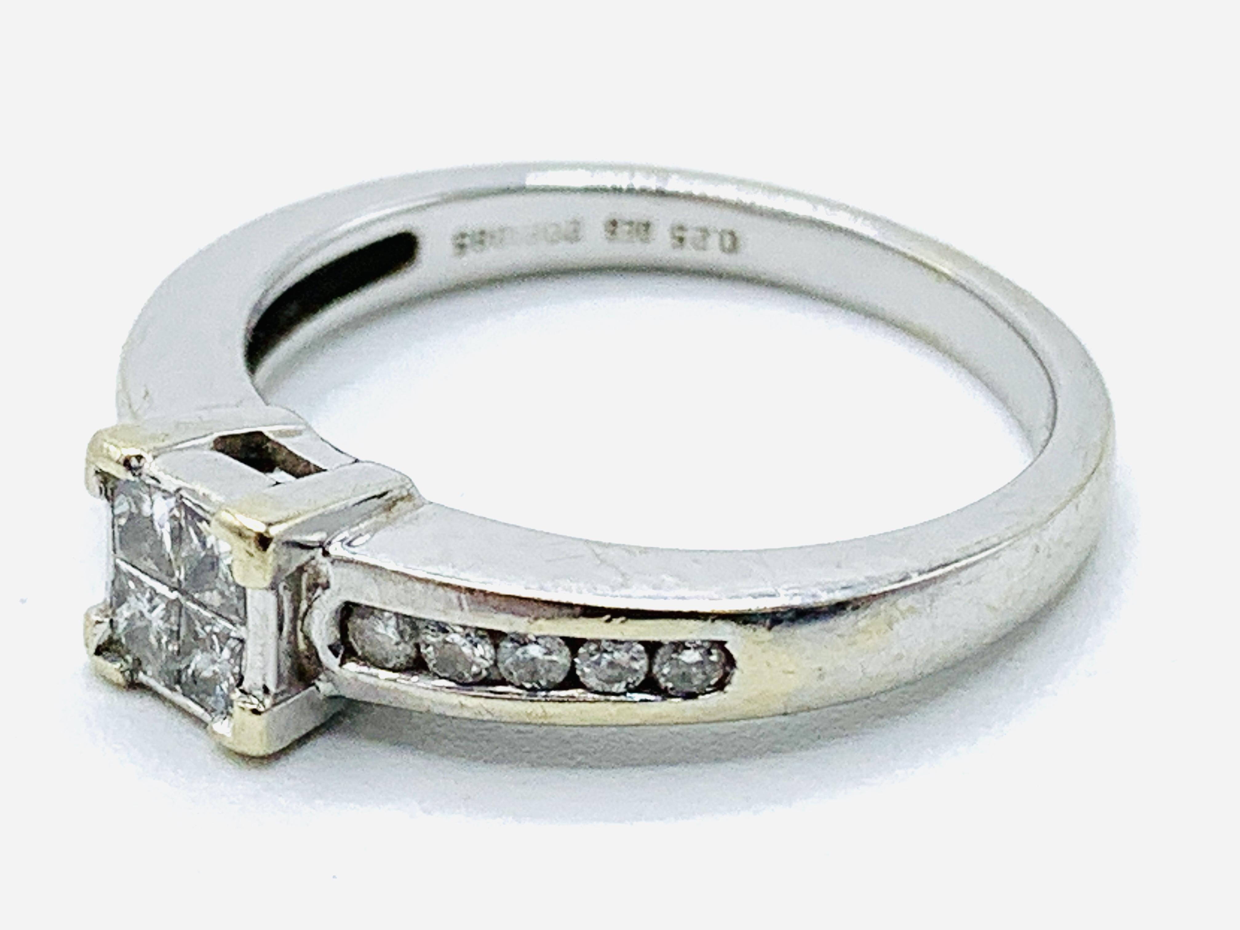 18ct white gold ring - Image 2 of 4