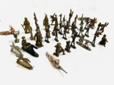 Collection of mainly lead soldiers