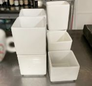 8 x Fine Dining Restaurant Nut Bowls - Ref: CAM672 - CL612 - Location: London SW1PThis item is to be