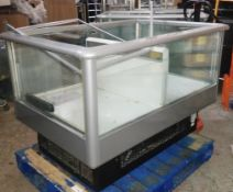 1 x Carrier COG33 Chiller Island For Promotional Sales - 240v - Size H99 x W140 x D95 cms - Recently