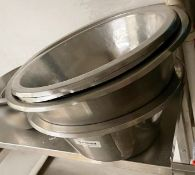 4 x Large Fine Dining Restaurant Food Prep Bowls - Ref: CAM694 - CL612 - Location: London SW1P