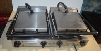 1 x Lincat Lynx 400 Electric Counter-top Twin Contact Grill - Model LCG2 - RRP £700 - Smooth Upper &