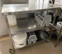 1 x Stainless Steel Commercial Kitchen Prep Table On Castors - Dimensions: 95 x 54 x h93cm - Ref: