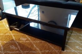 1 x Glass Topped Coffee Table With A Black Gloss Finish - Dimensions: 120 x 65 x H42cm - NO VAT